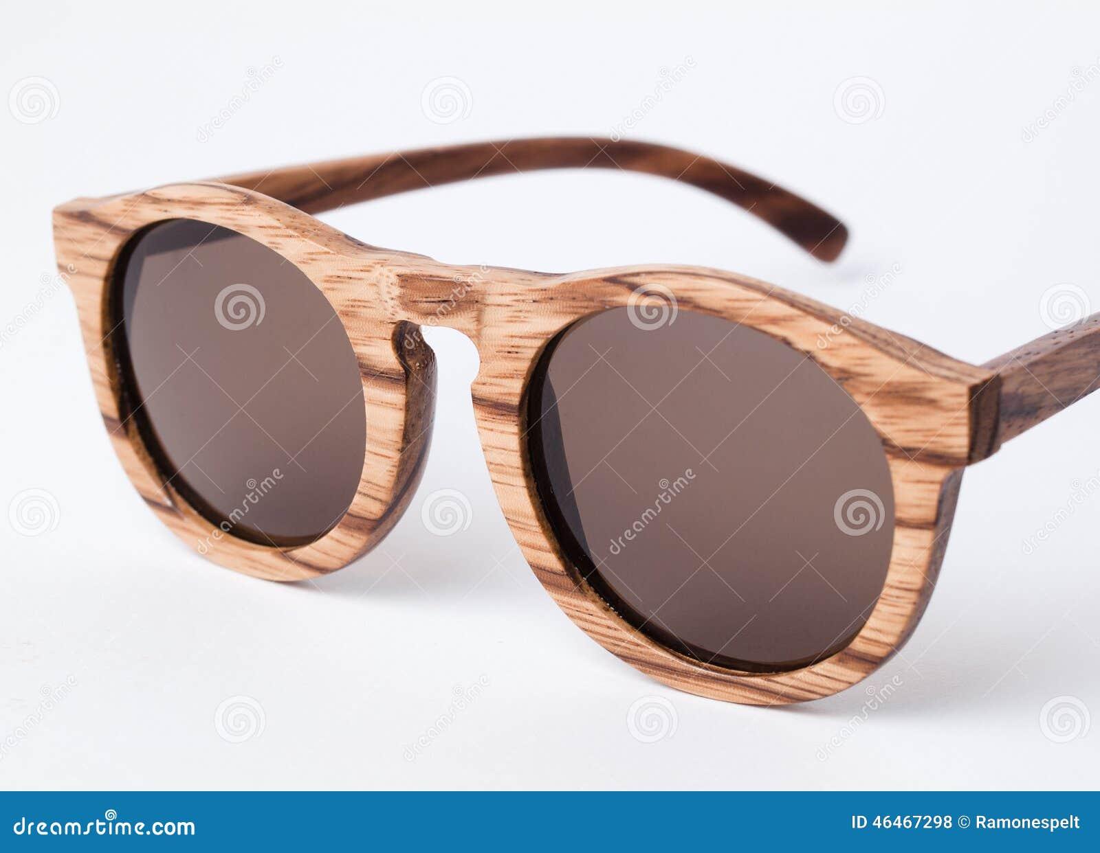 Detalhe De Madeira Dos óculos De Sol Foto de Stock - Imagem de olho ... 70fad69637