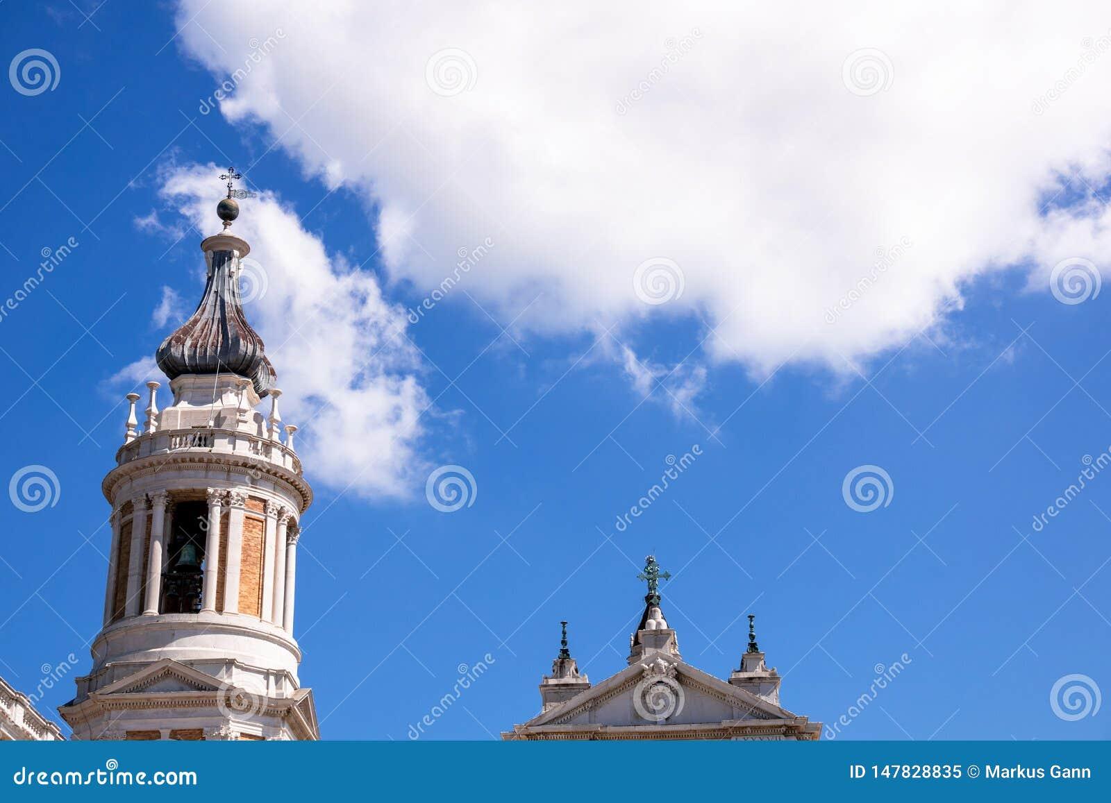 Detalhes do della Santa Casa da basílica em Itália Marche
