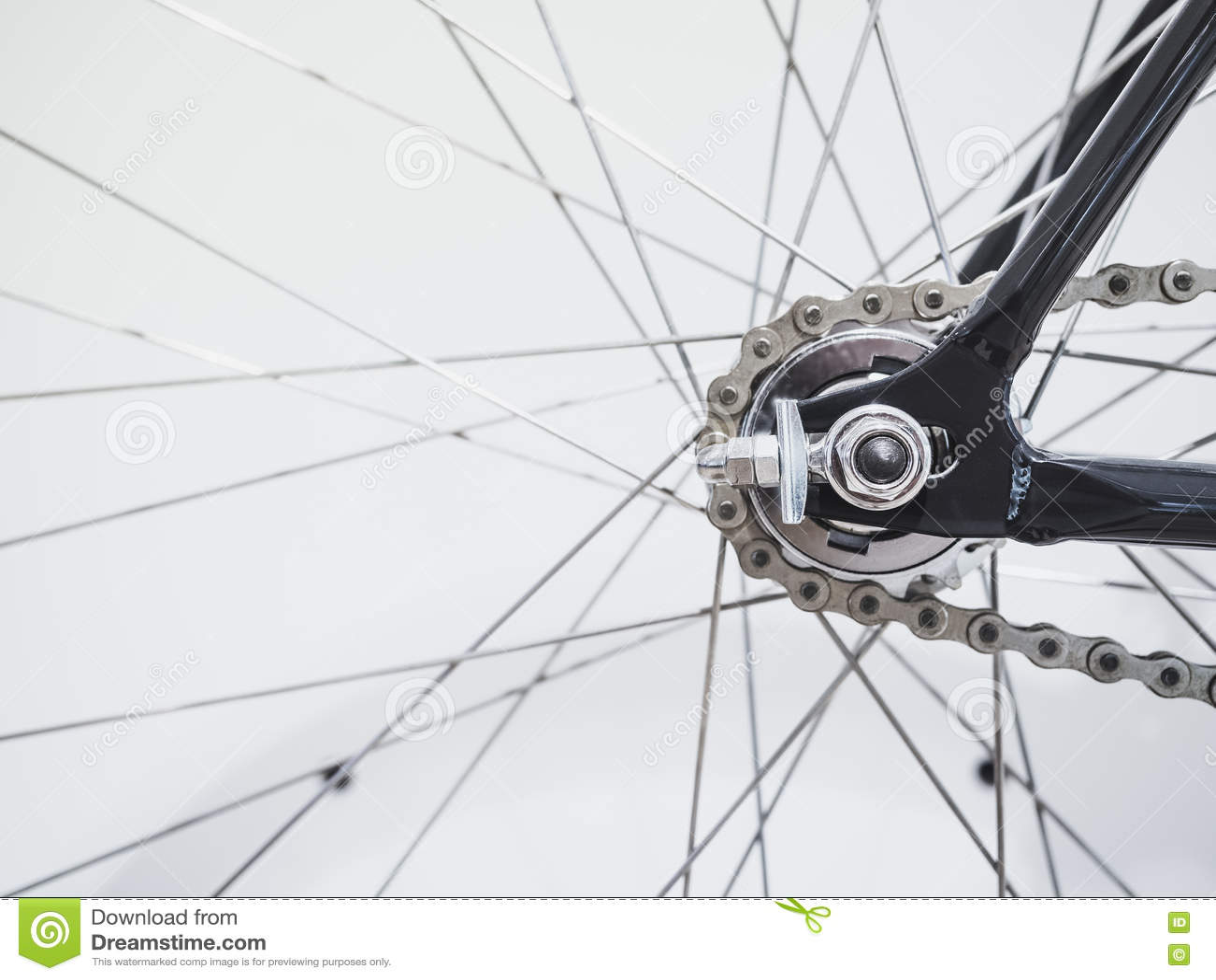 Detalhes do raio e da corrente da roda de bicicleta