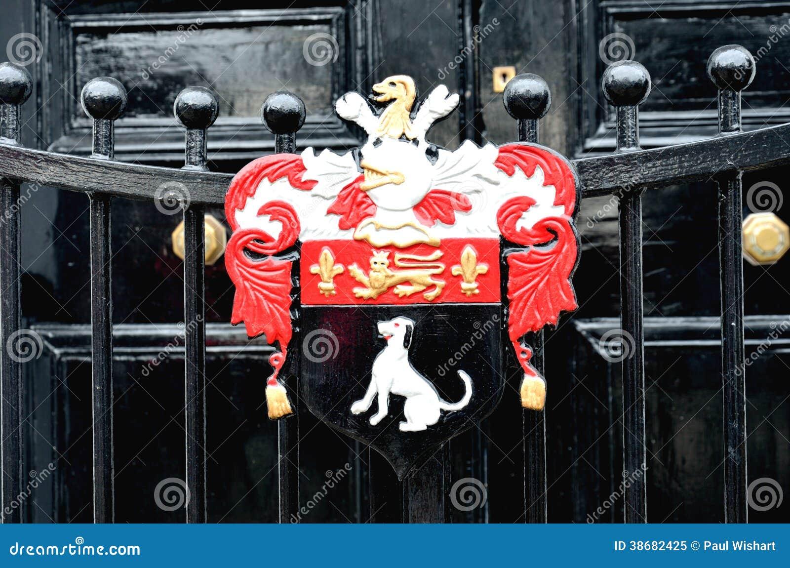 Detalj av den heraldiska porten