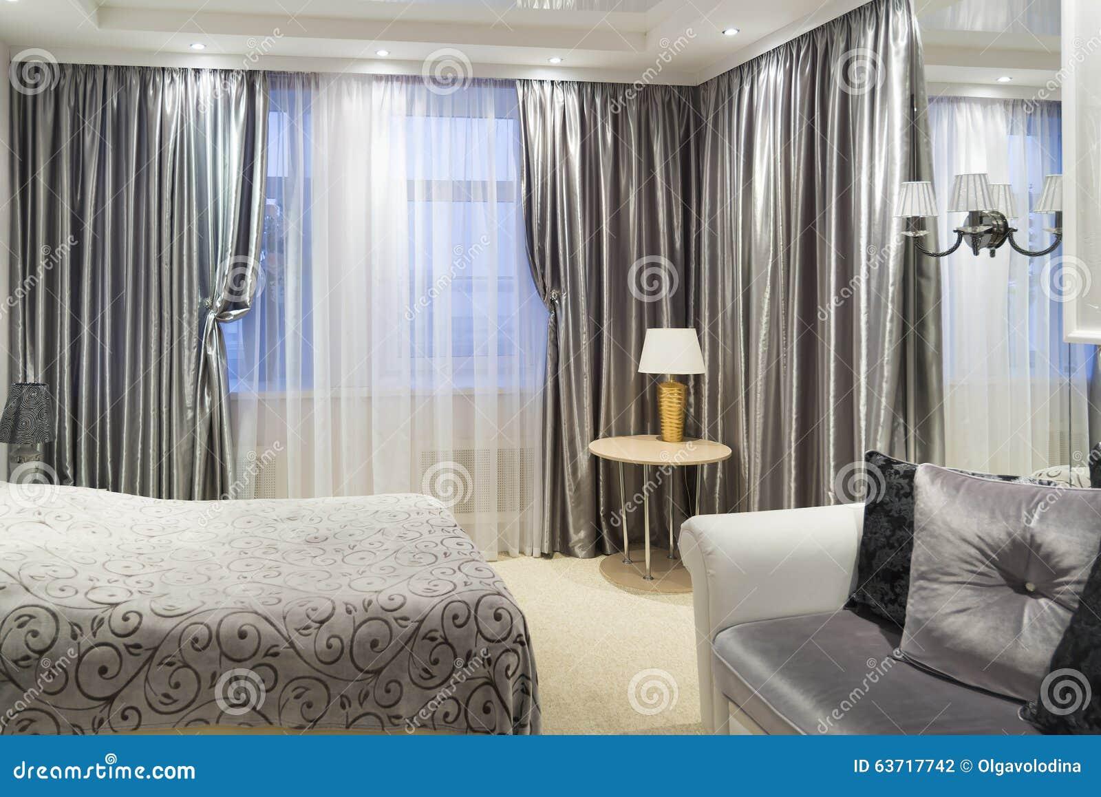Detalj av ett sovrum med säng arkivfoto   bild: 63717742