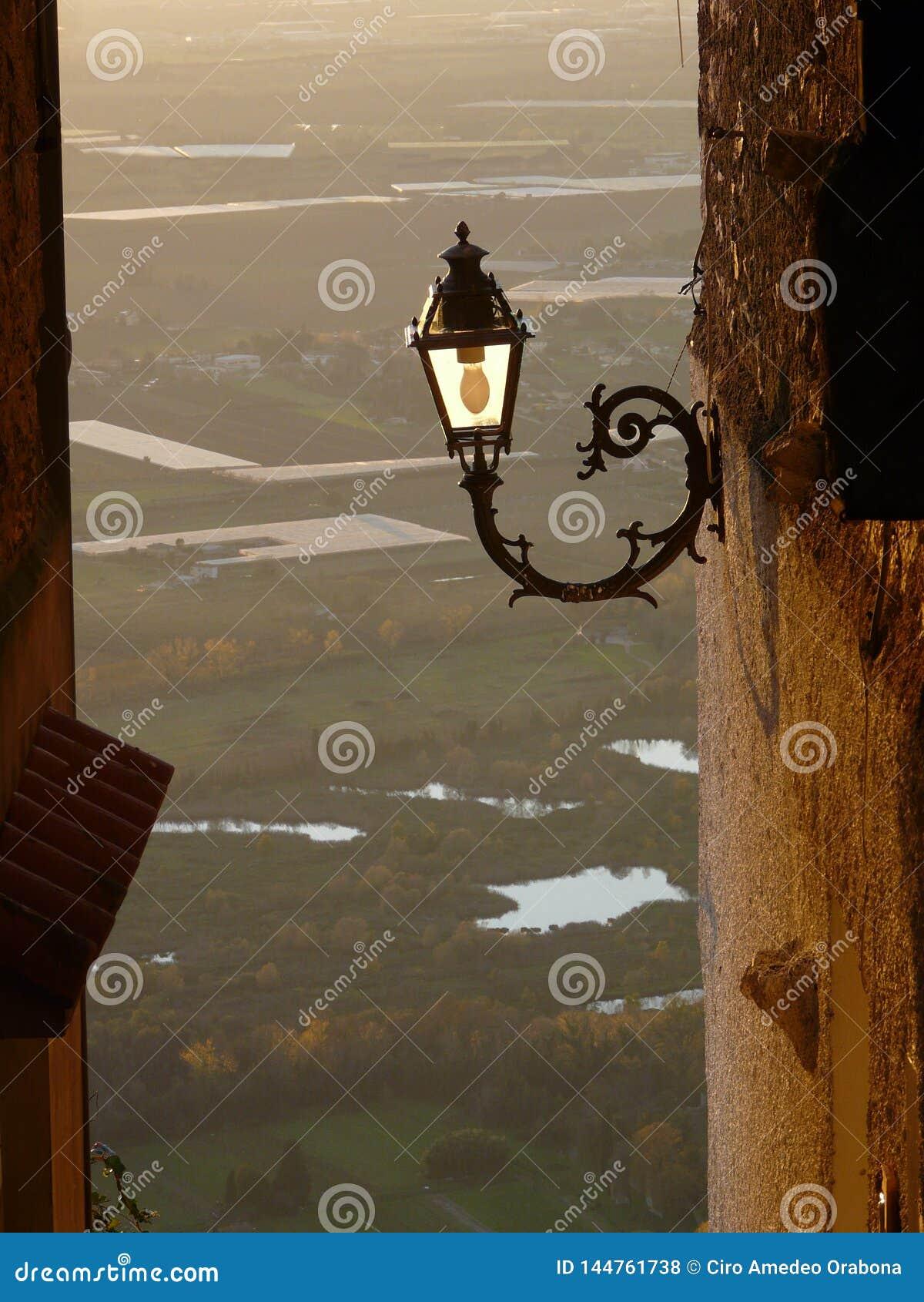 Detalj av lampan i norma