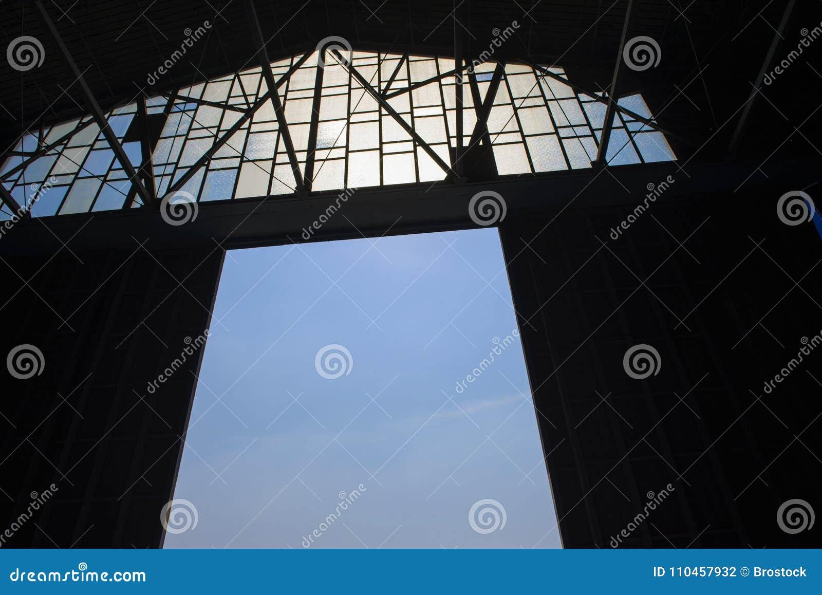 Detalj av strukturen av en lagerdörr