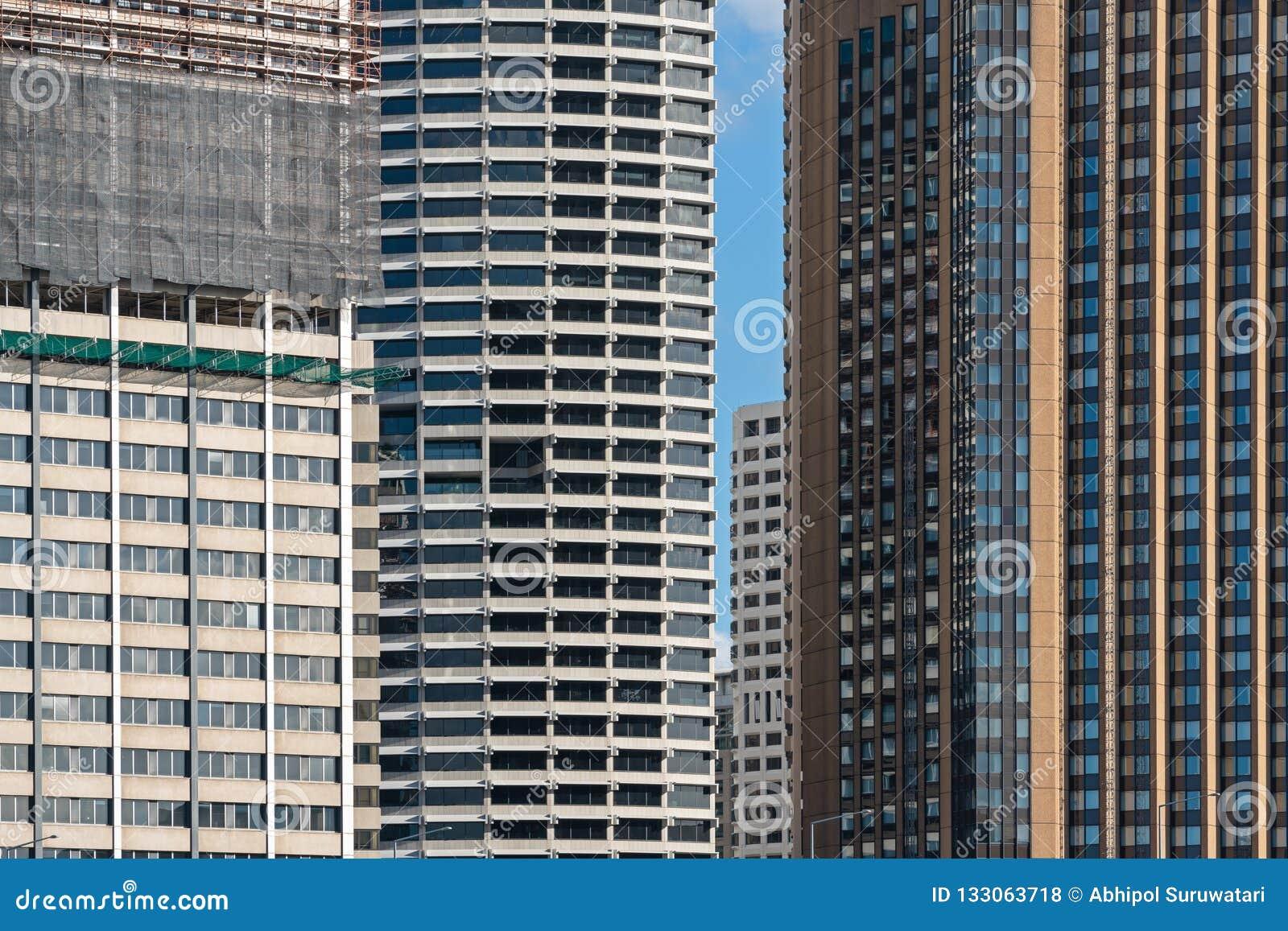 Detalj av yttersida av modern korporationsbyggnad och konstruktionsbyggnad i sydney, Australien