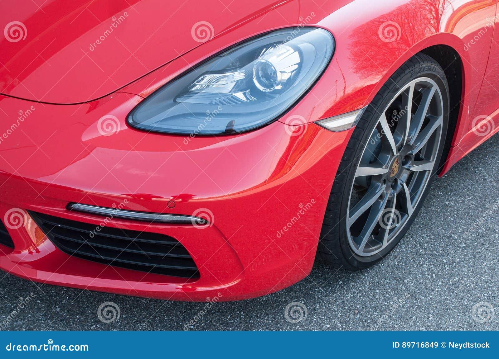 Detaljhandel av den Porsche 718 boxsteren