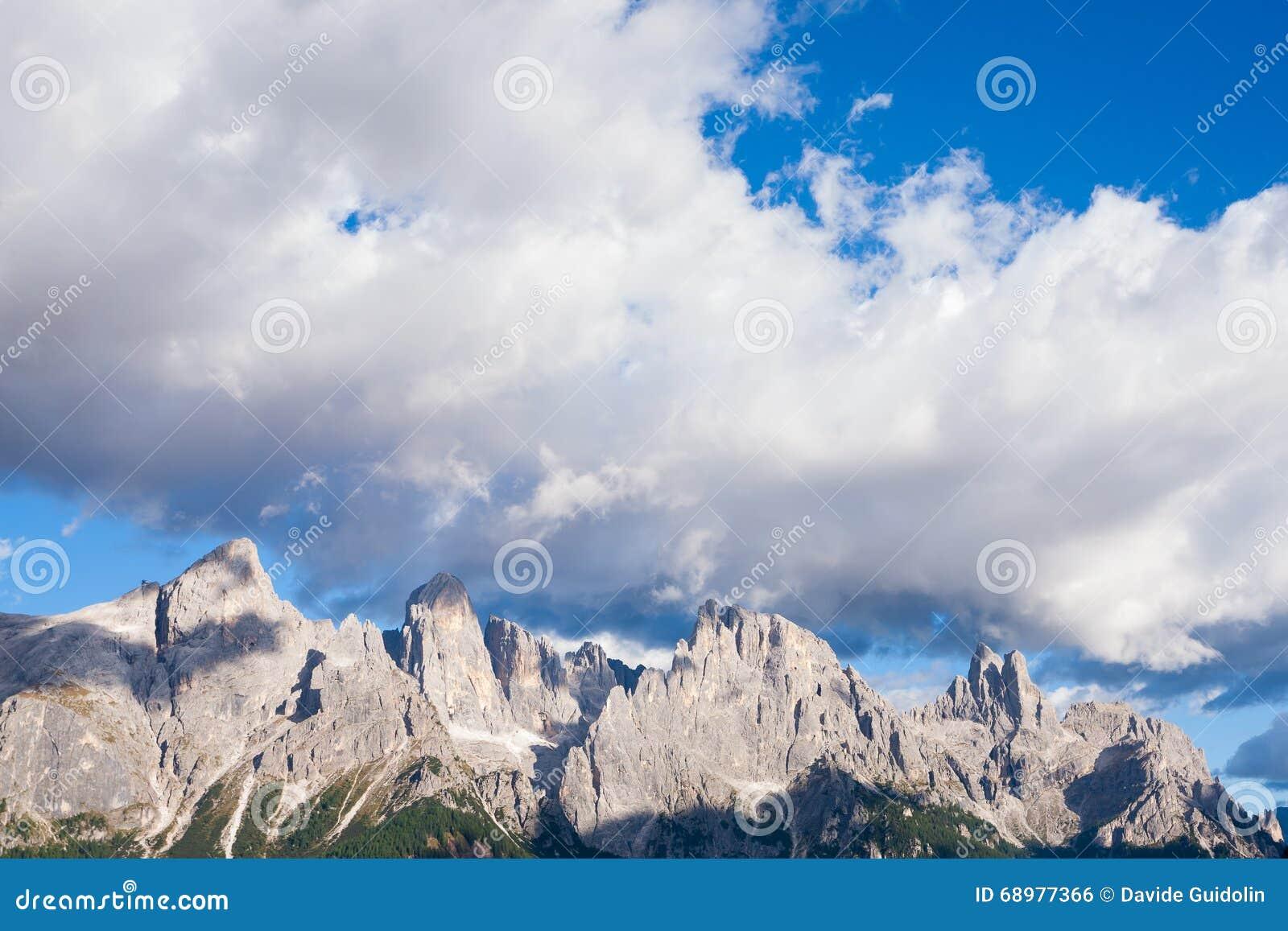 Detalle de la alta montaña