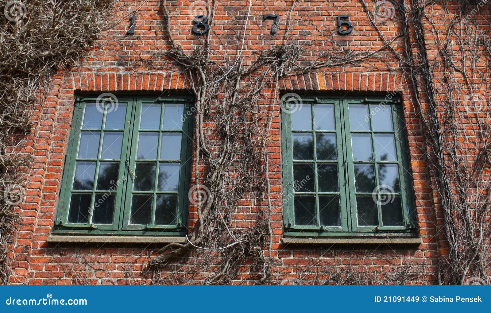 Detalle de la casa del ladrillo con las ventanas im genes - Detalles para la casa ...