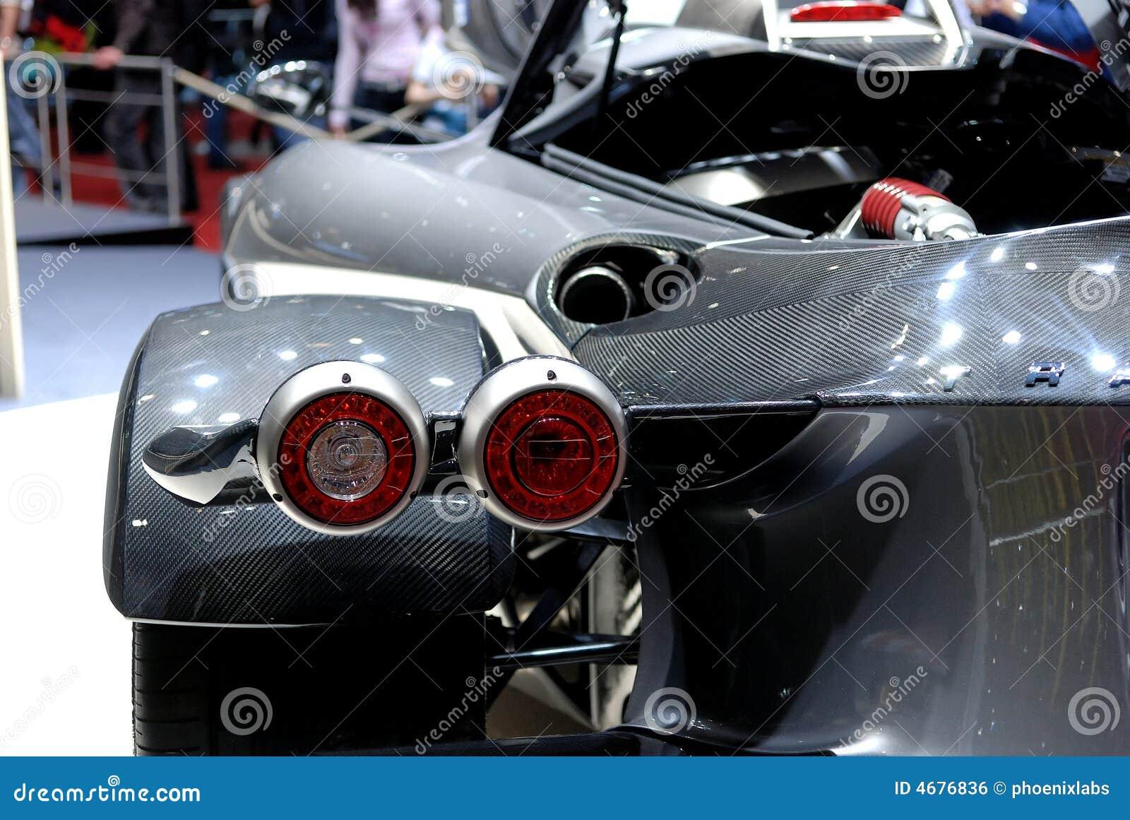 Detalle del coche de deportes