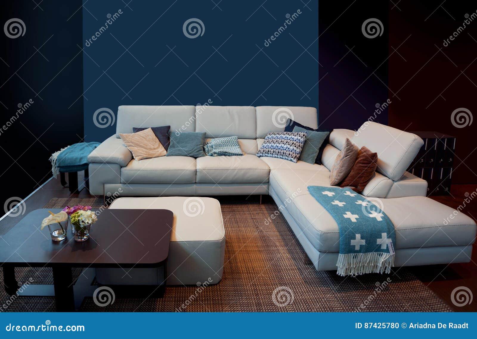 Detalle del interior casero azul