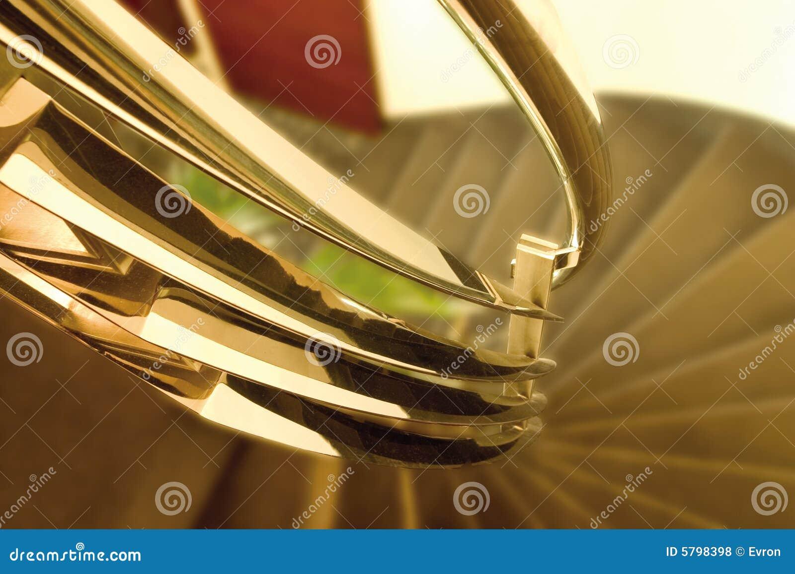 Detalle del pasamano del metal