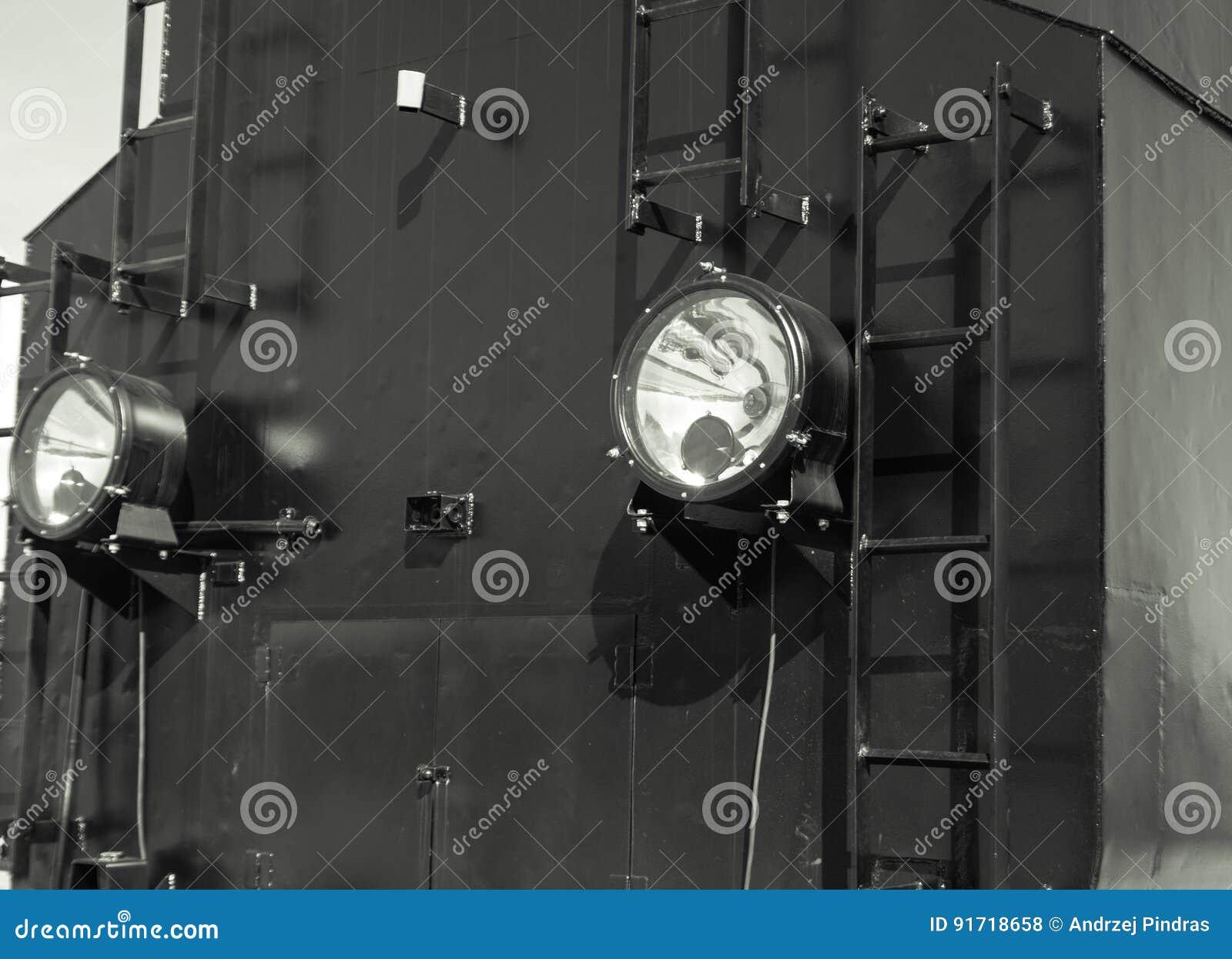 Detalles de la locomotora de vapor polaca