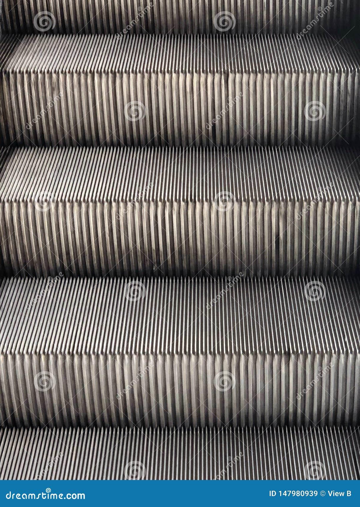 Detalles de los pasos de escalera m?vil
