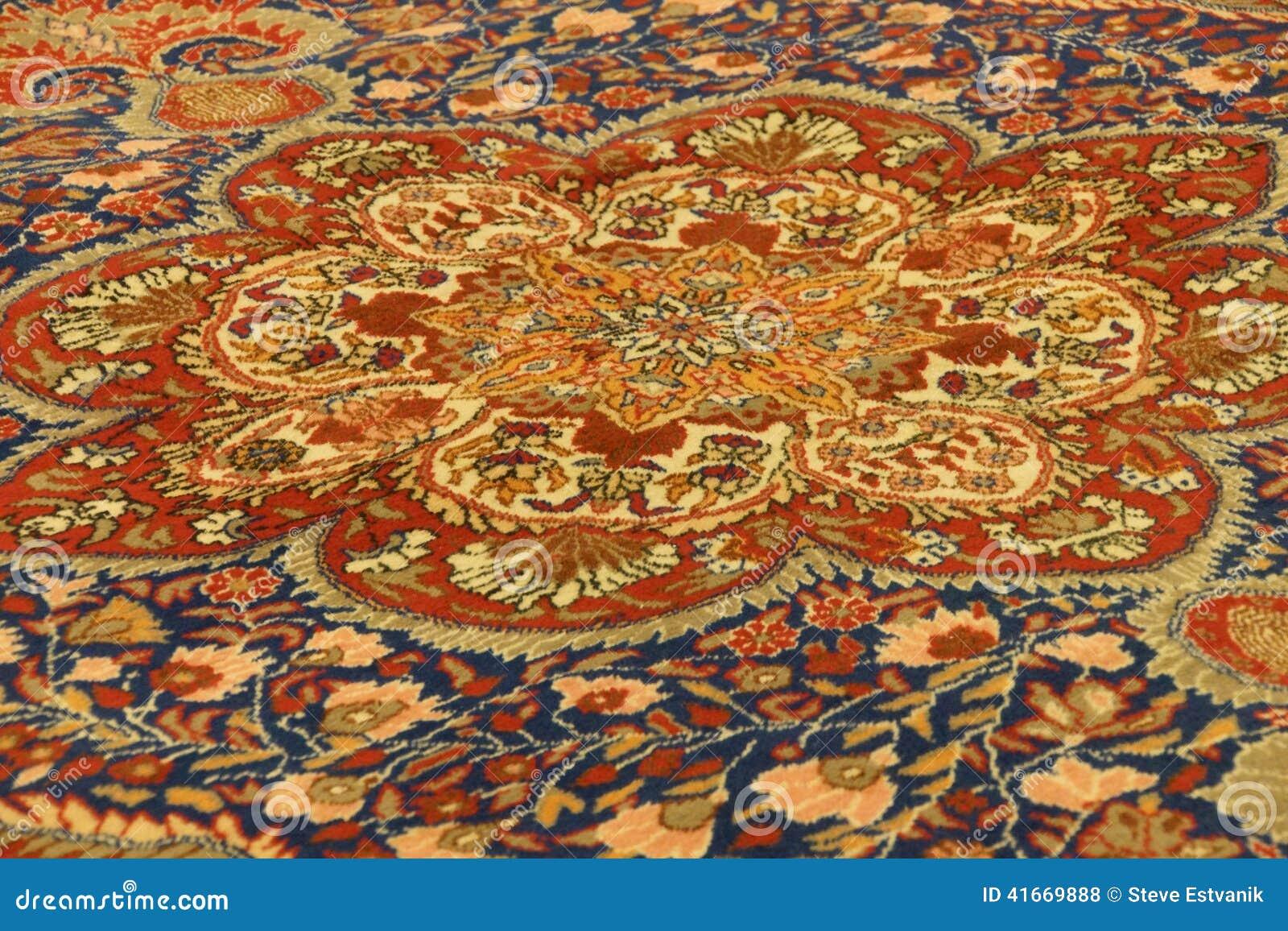 detalles de modelos azules complejos en alfombras turcas