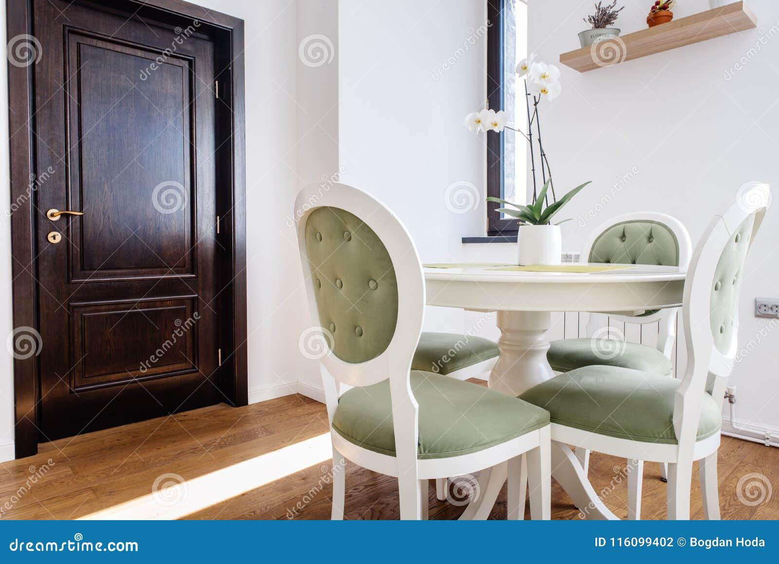 Detalles Del Diseño Interior - Muebles Modernos, Mesa De ...
