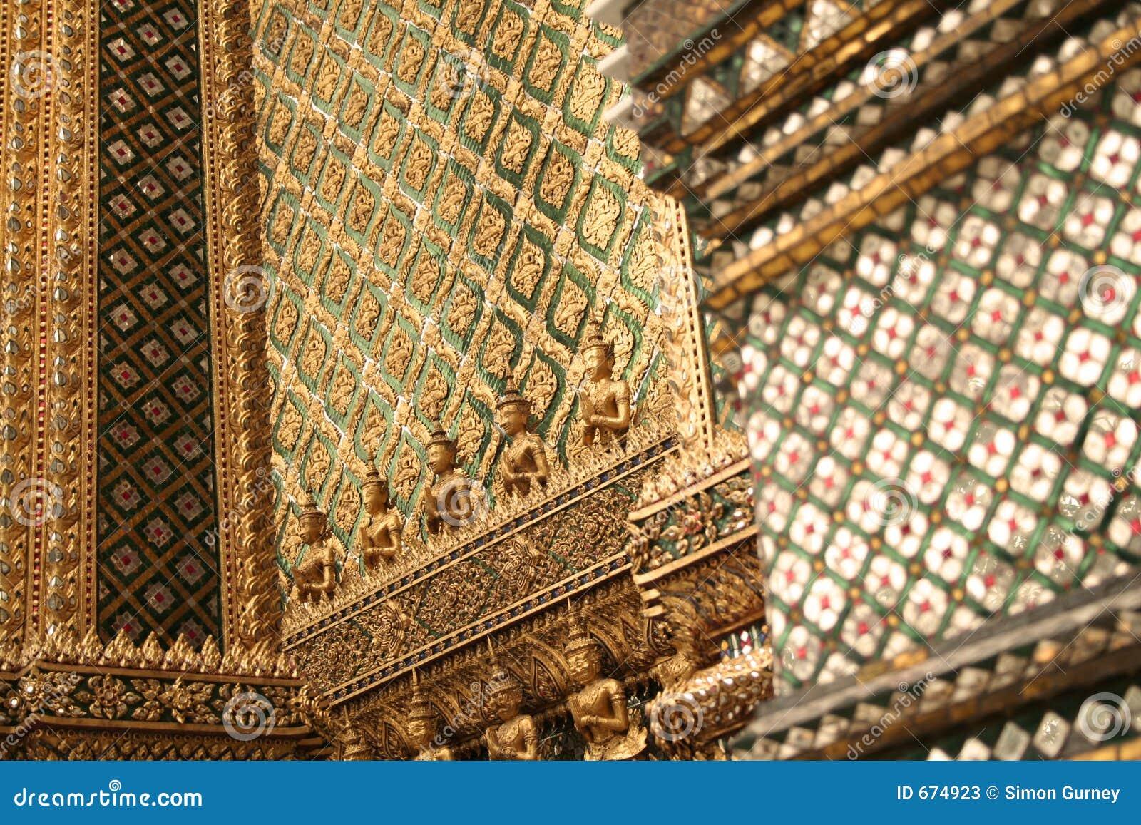 Detalles magníficos del palacio