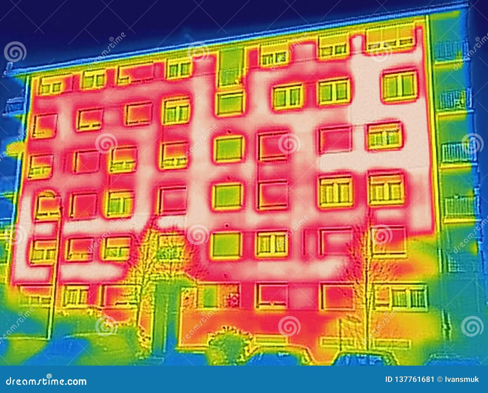 Detectando a perda de calor fora da construção