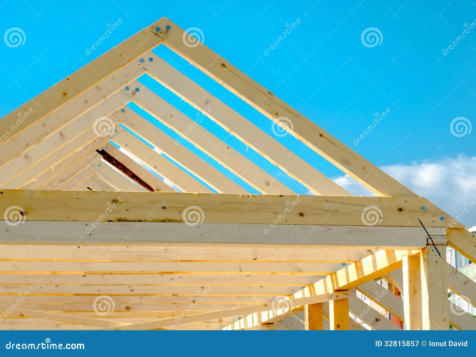 dettaglio del telaio del tetto in costruzione immagine stock immagine di figura pino 32815857. Black Bedroom Furniture Sets. Home Design Ideas