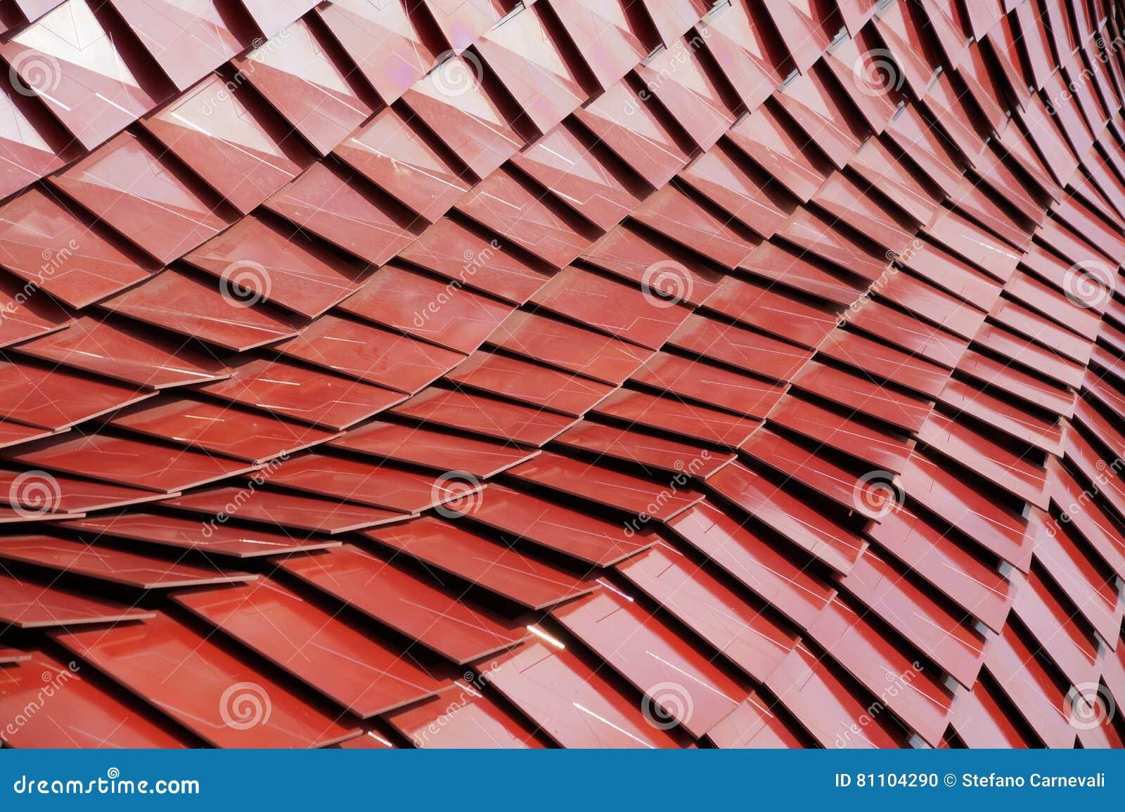 Dettaglio del tetto di piastrelle di ceramica moderno rosso