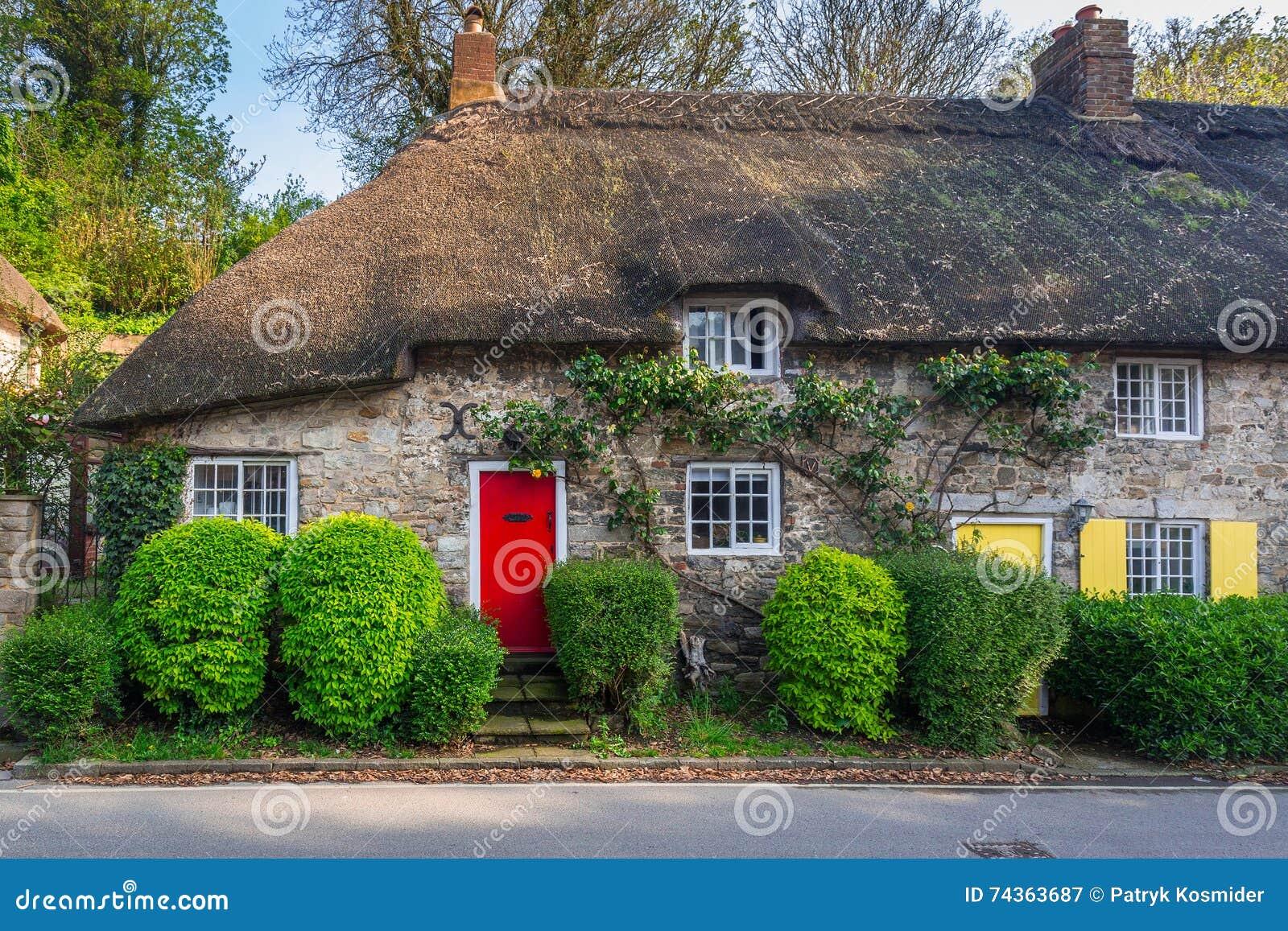 Dettaglio di architettura delle case inglesi tradizionali for Architettura case