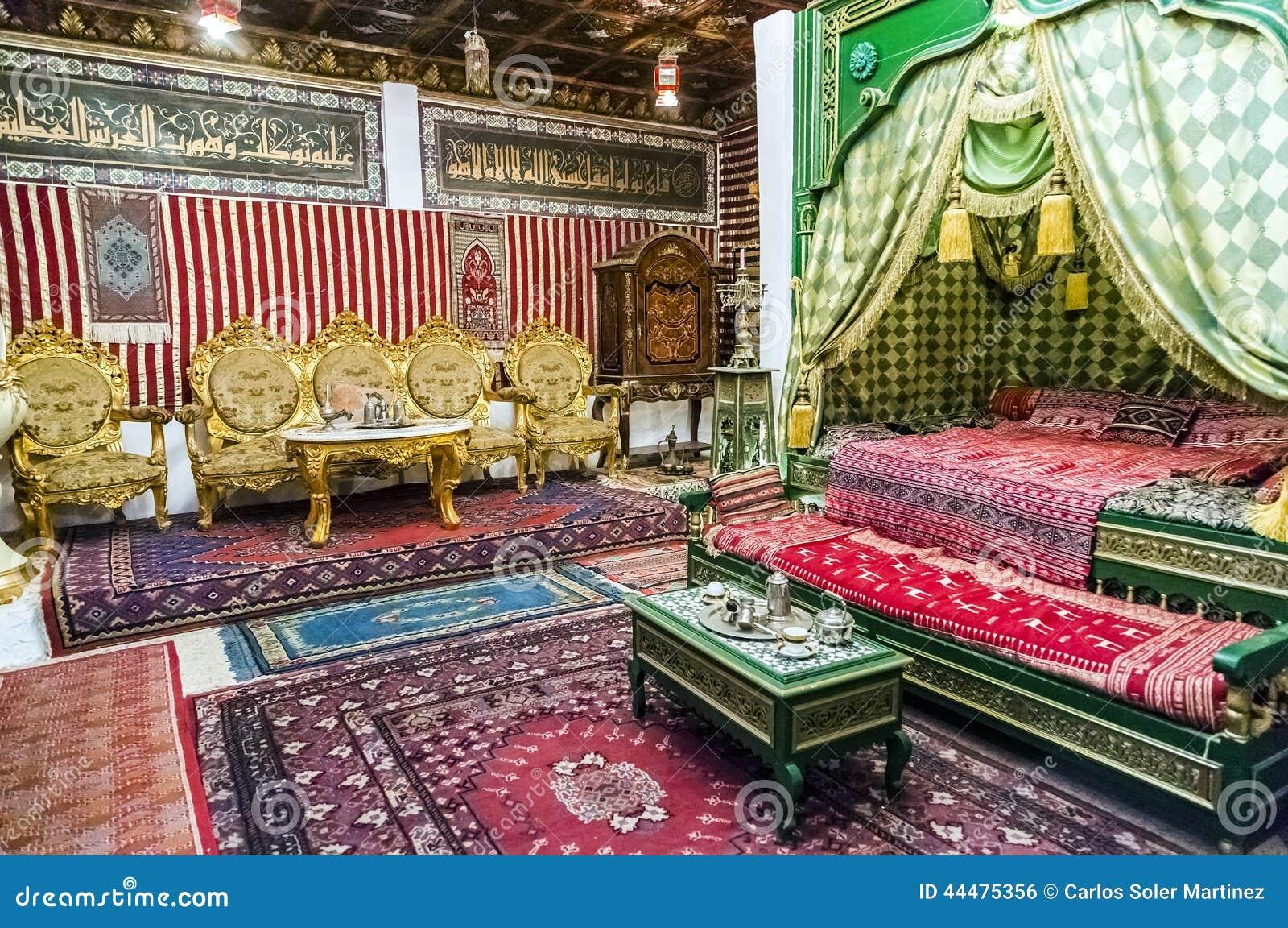 Dettaglio Di Una Camera Da Letto Stile Arabo Con La Stanza Del Tè ...