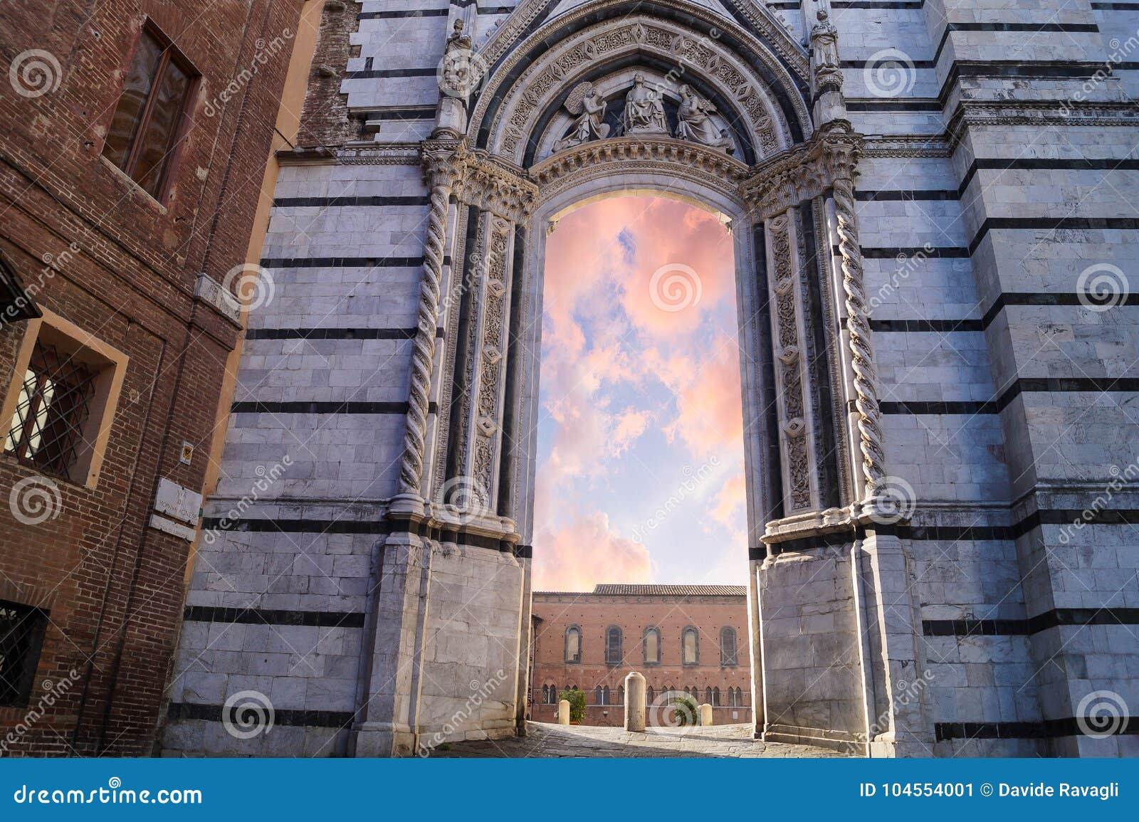 Deur aan hemel in Italië