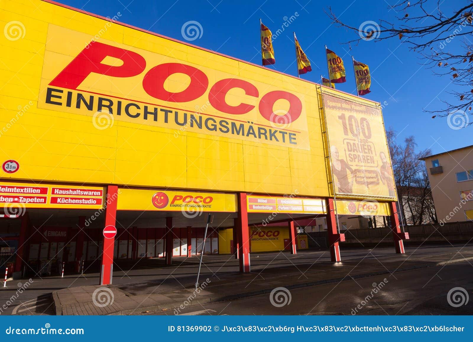 Deutsche Poco Einrichtungsmaerkte Möbelshops Brennen Auf Einem Poco