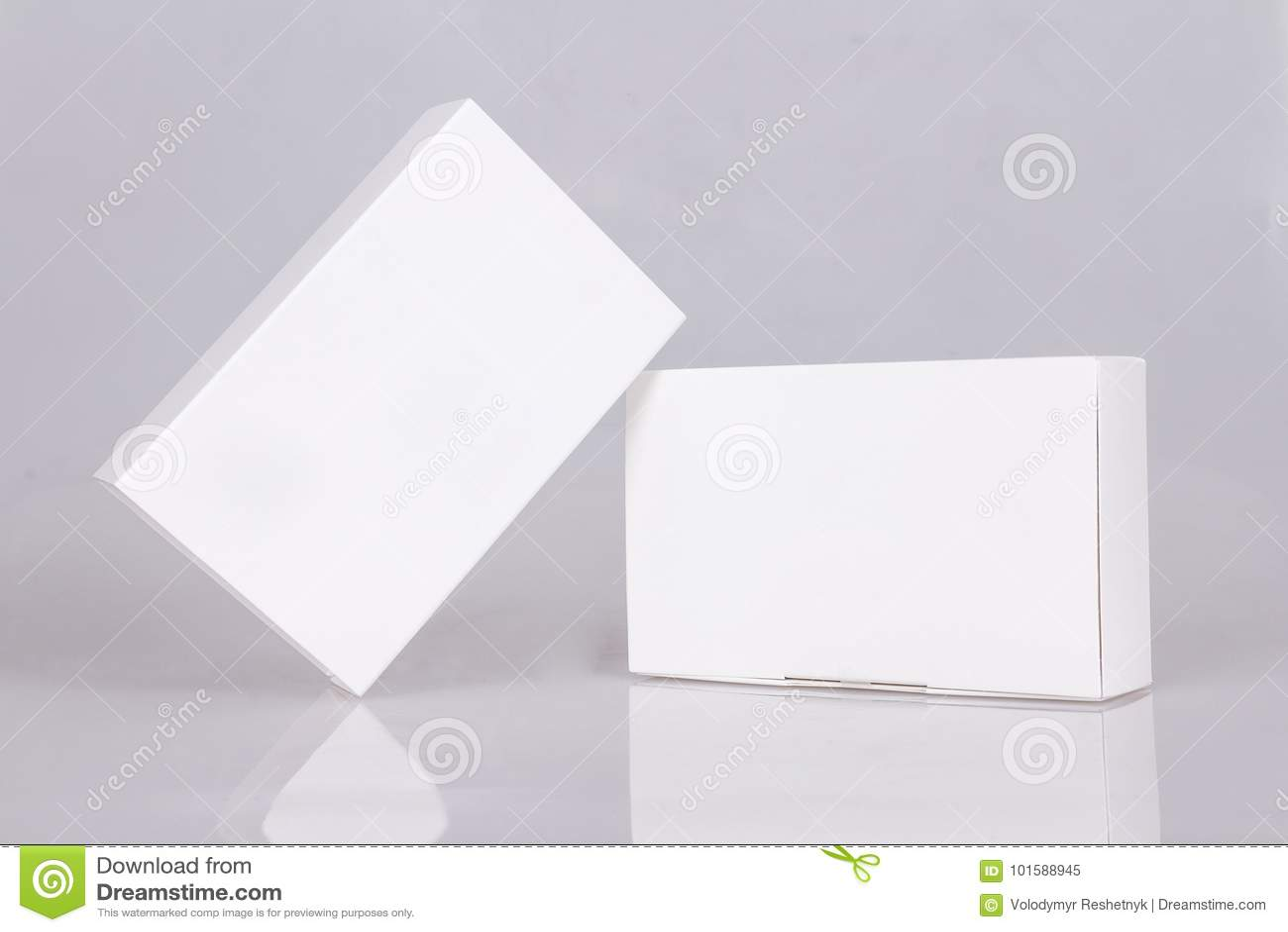 Deux boîtiers blancs grands Maquette prête pour votre conception Perspective de boîte Descripteur de cadre Blanc vide de boîte