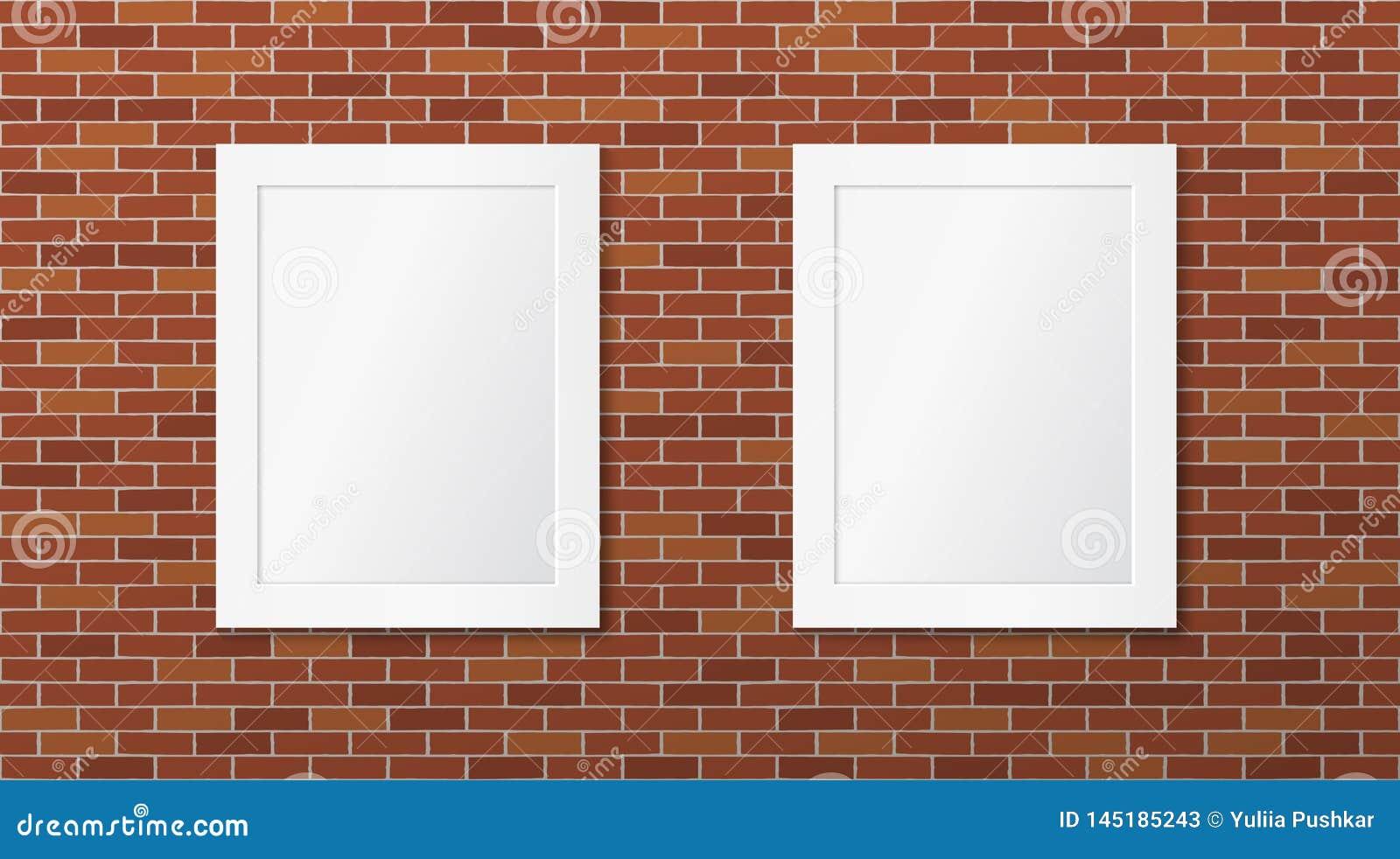 Disposition Des Cadres Sur Un Mur deux cadres blancs sur un mur de briques disposition de