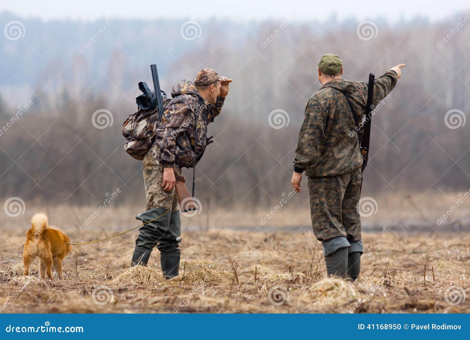 Deux chasseurs