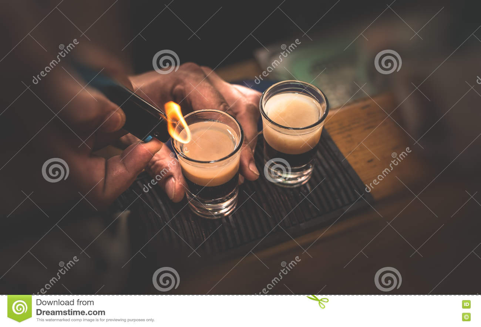 Deux cocktails de B 53