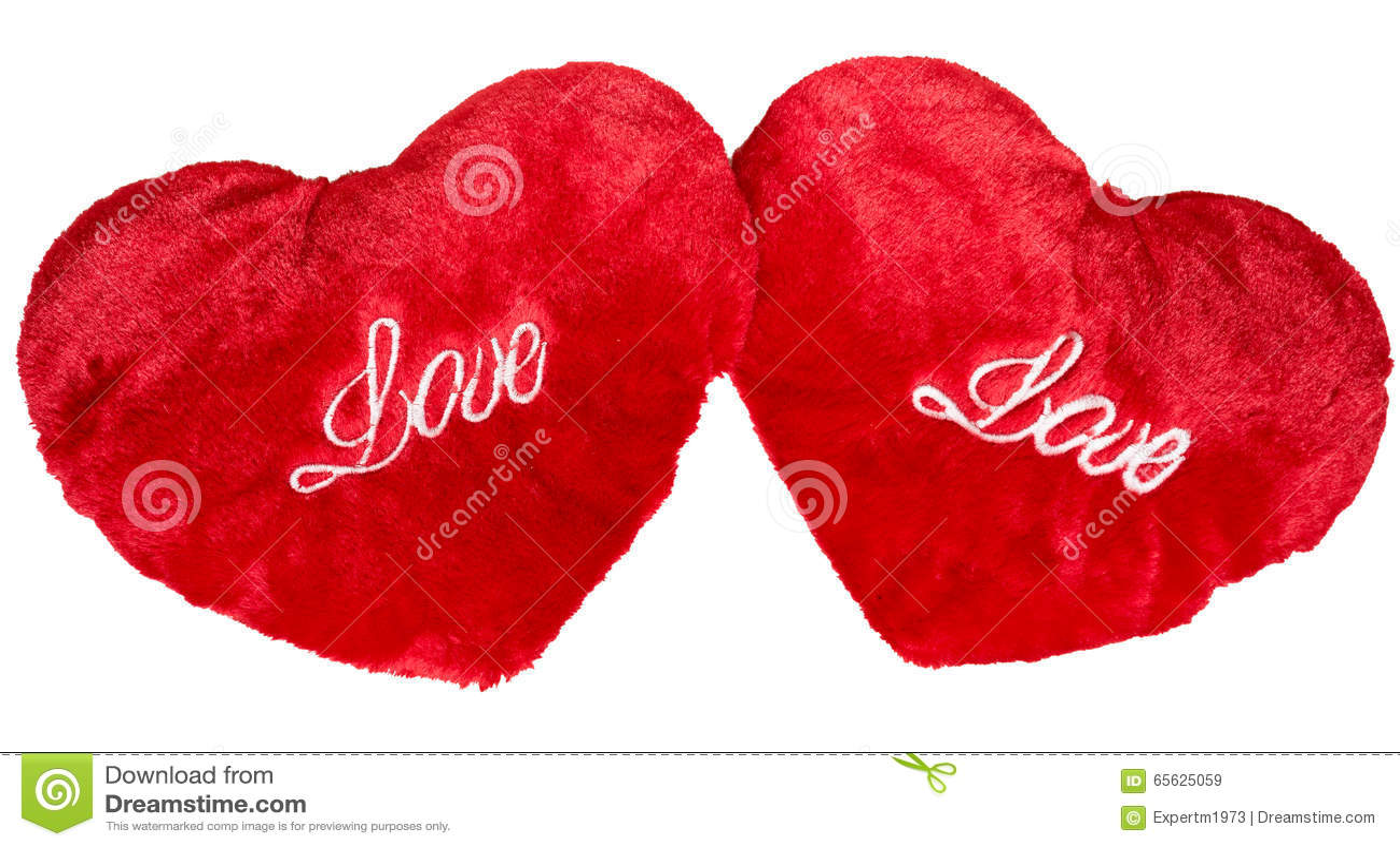 Deux coeurs rouges de peluche d isolement sur le blanc