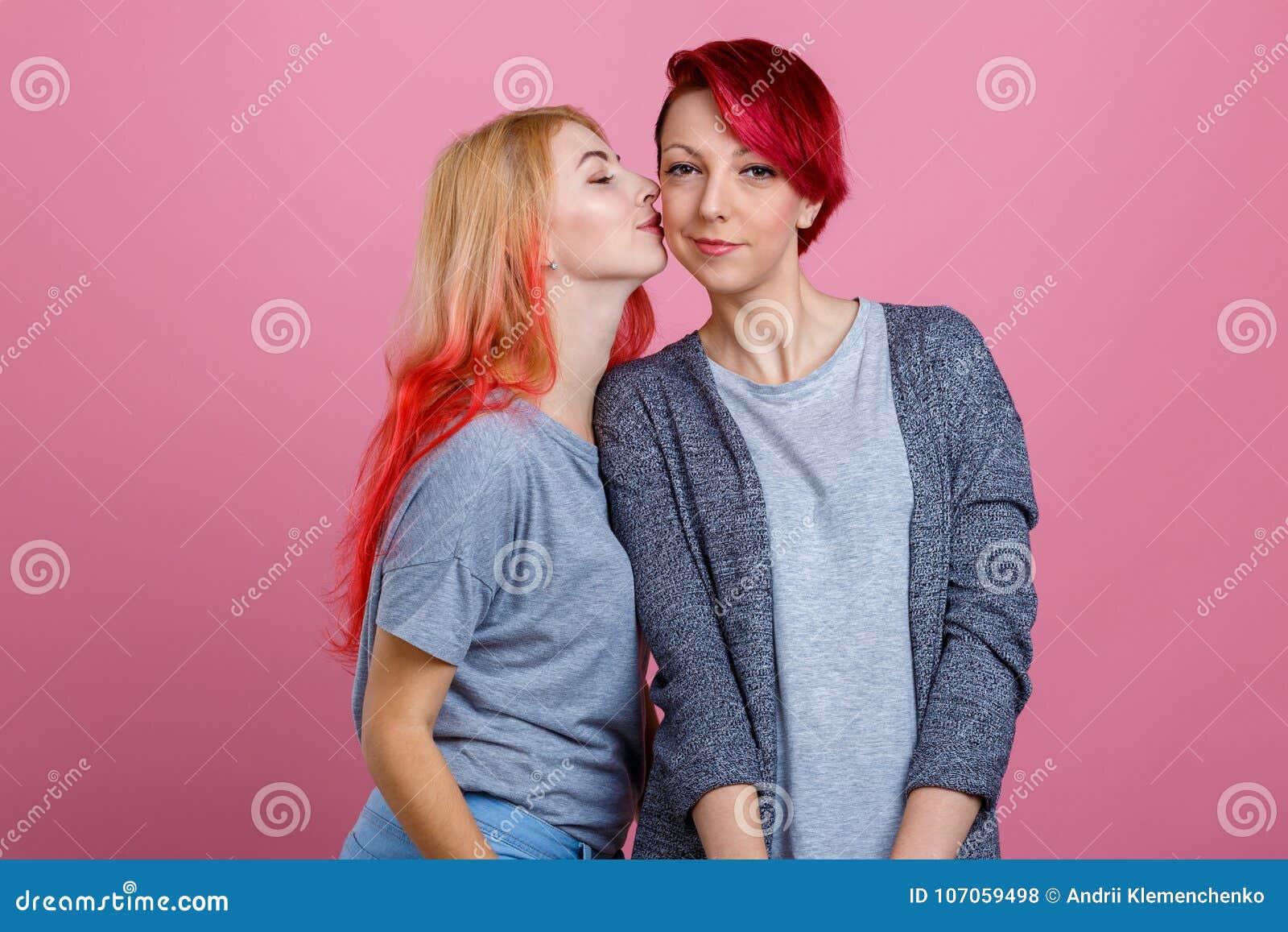 Mature Et Fille Lesbienne