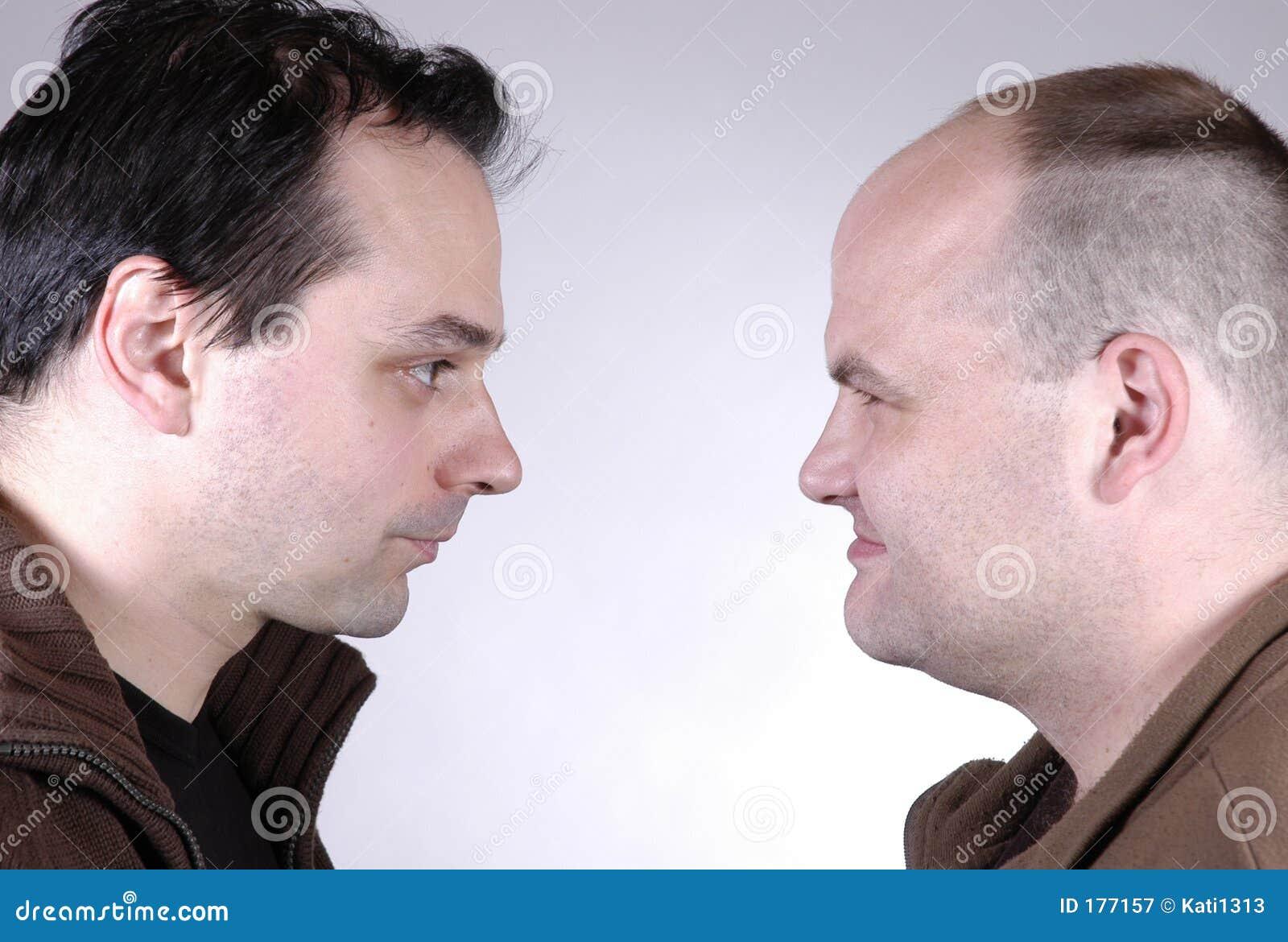 Deux hommes II