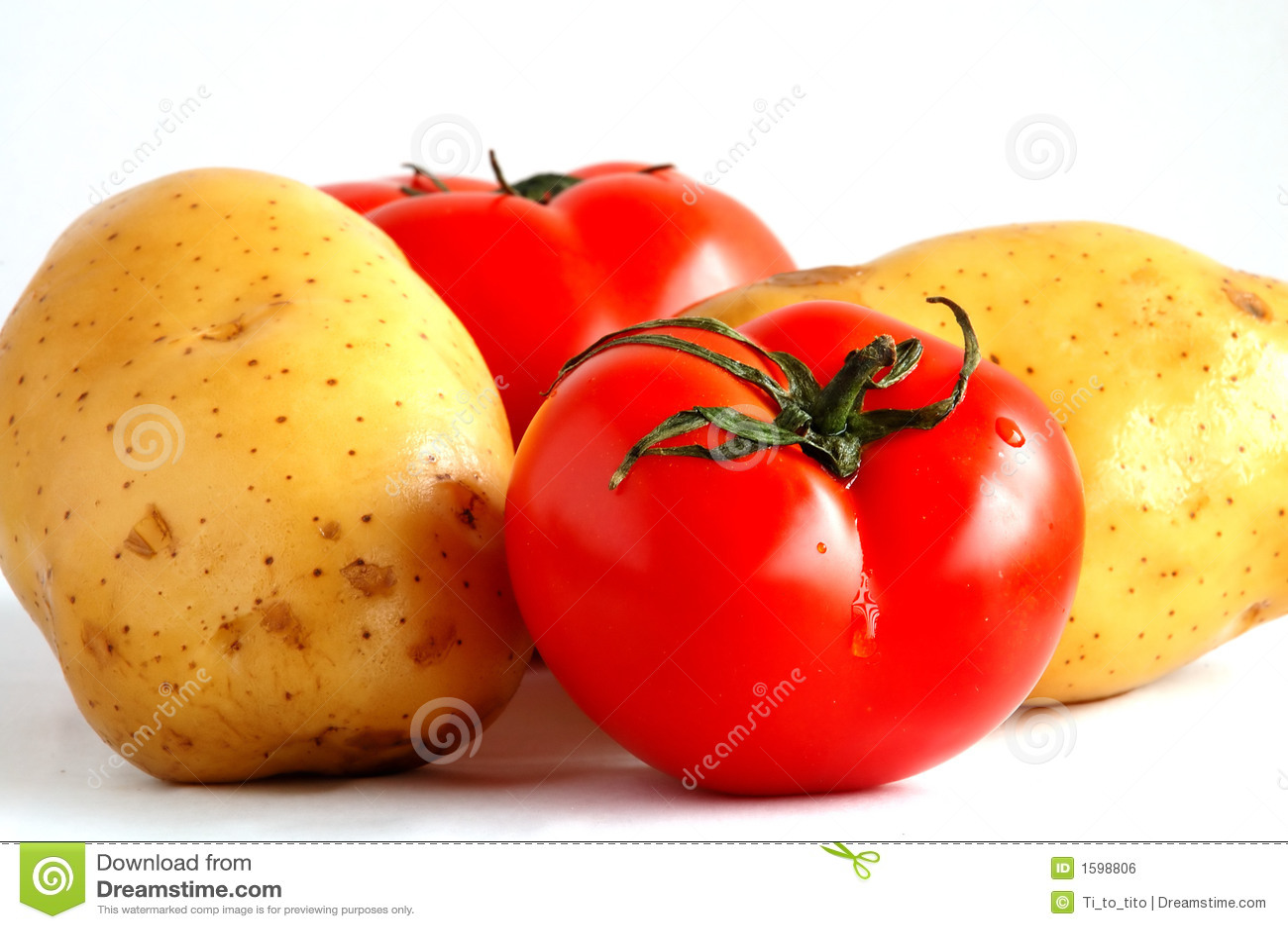 Deux pommes de terre et deux tomates (1)