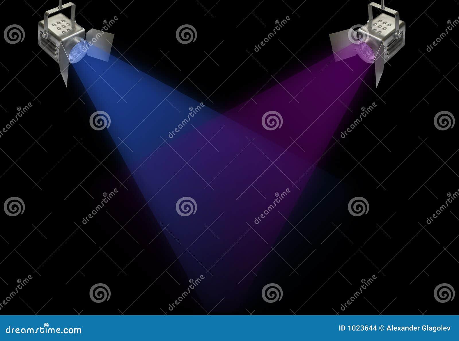 Deux projecteurs