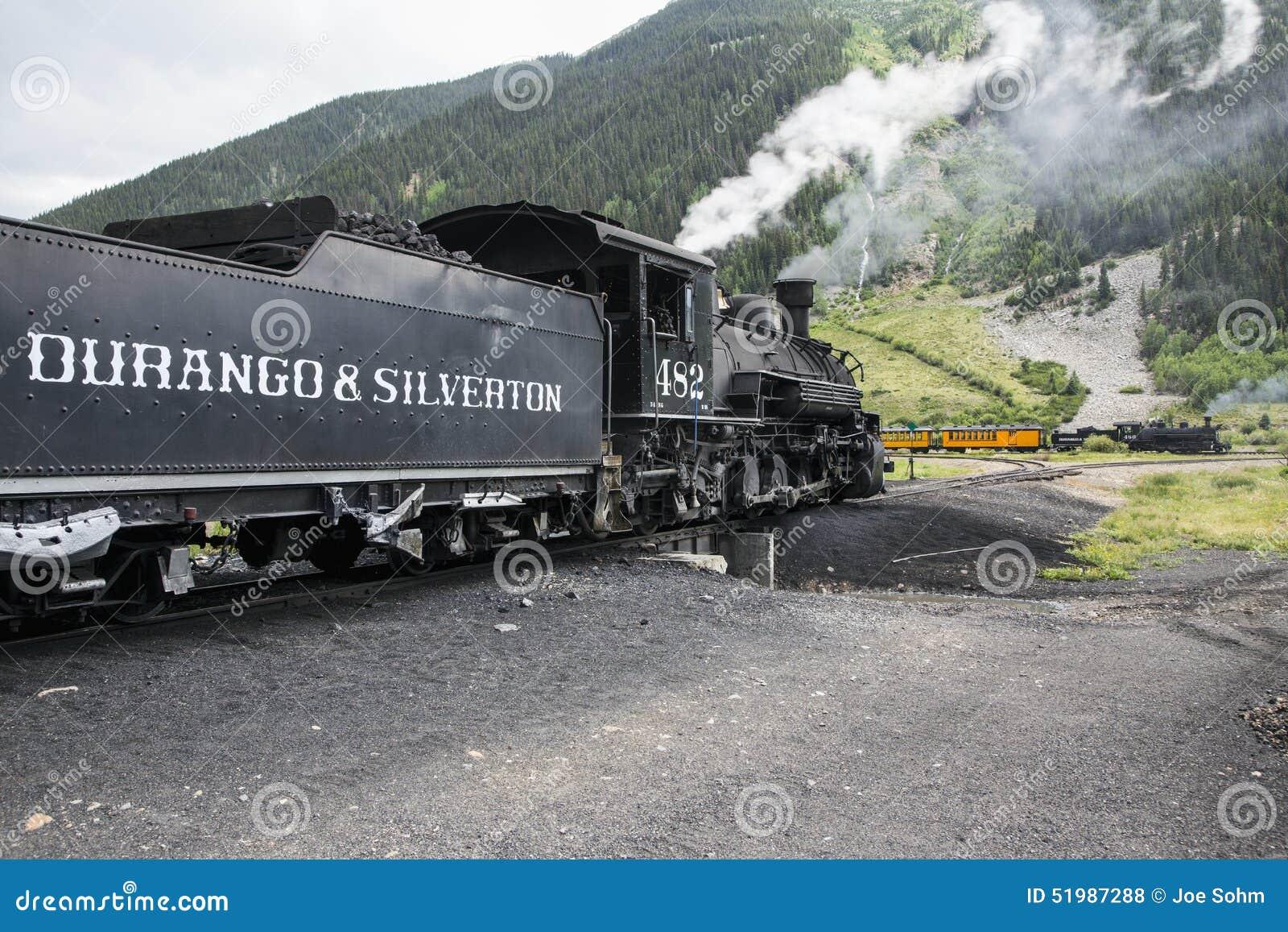 Deux trains, Durango et mesure étroite de Silverton Railroad comporter la machine à vapeur, Silverton, le Colorado, Etats-Unis