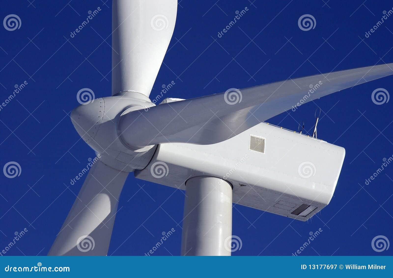 Deux turbines de vent