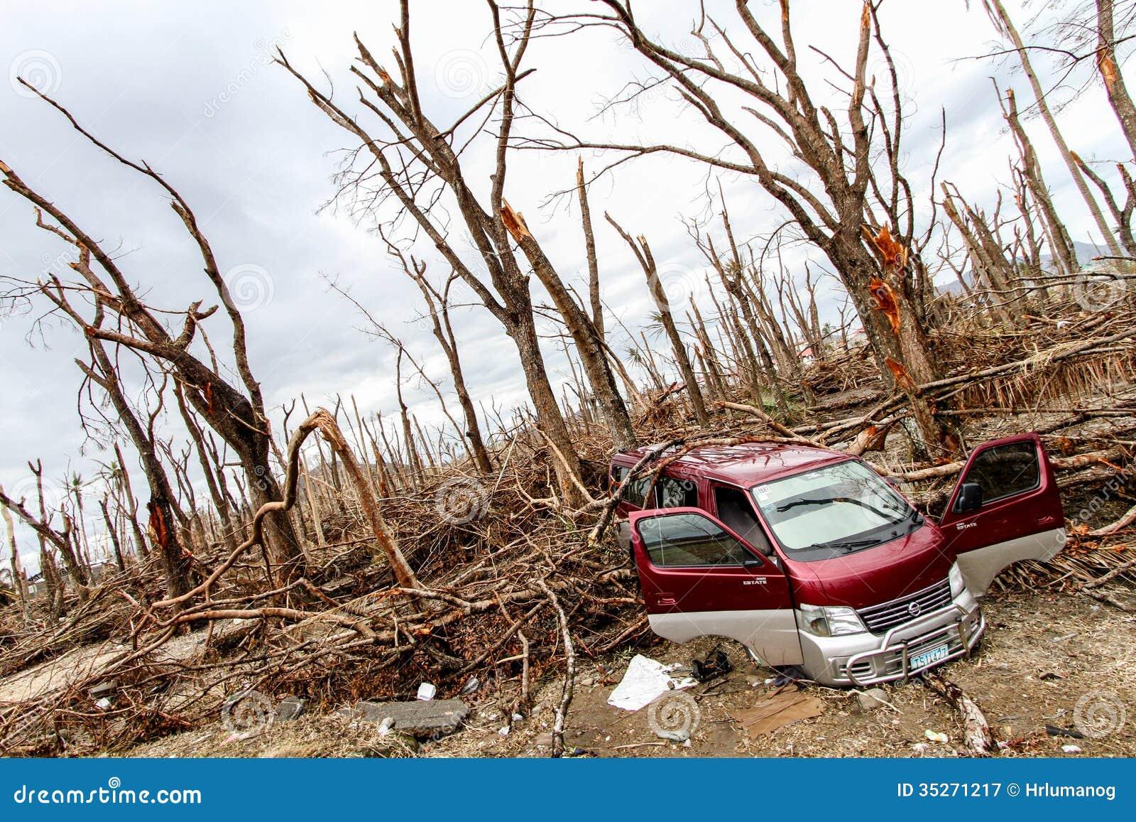 devastation-typhoon-haiyan-palo-leyte-november-remains-palo-catholic-church-devastated-yolanda-philippines-35271217.jpg