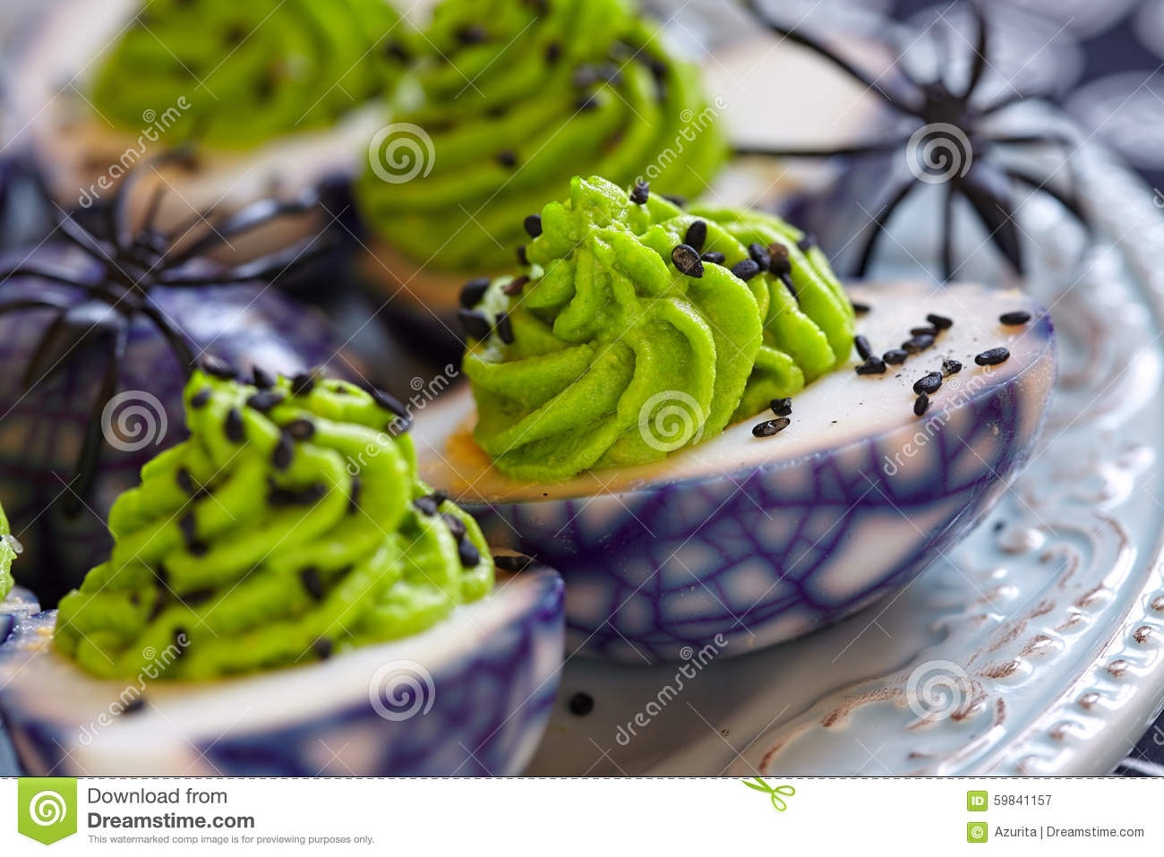 avocado deviled halloween spider - Deviled Eggs For Halloween Spider