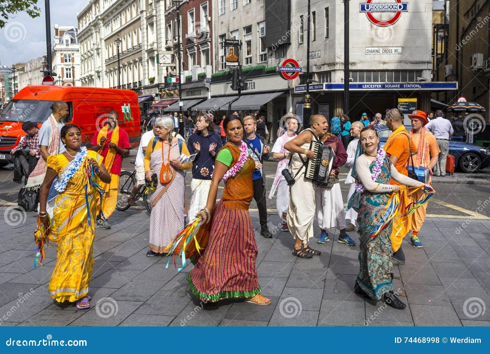 Devotos de Krishna de las liebres en el cuadrado de Leicester