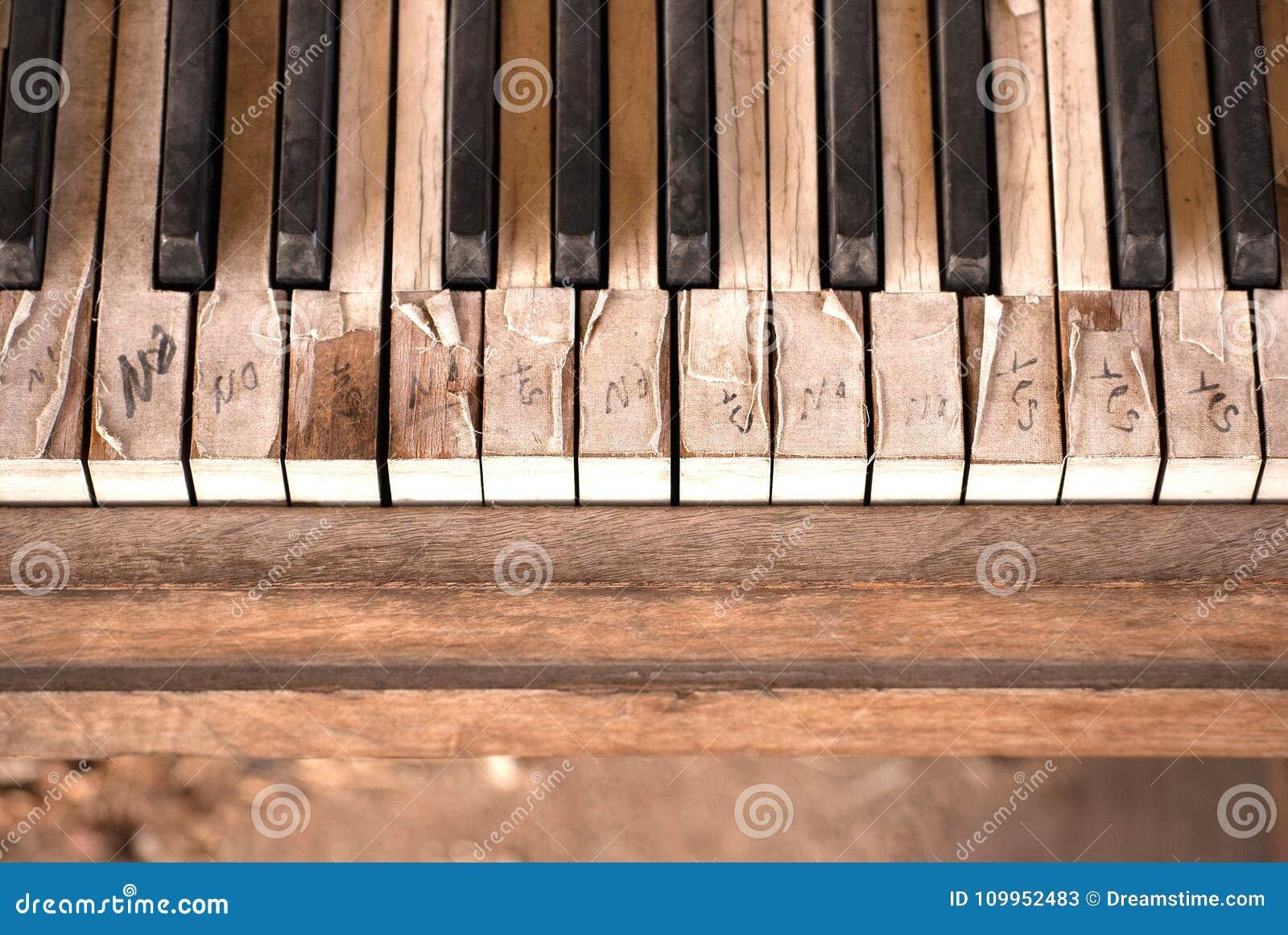 Deze Oude Pianosleutels