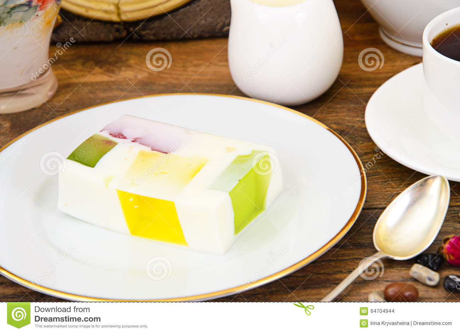 Diat Nachtisch Fruchtgelee Gelatine Und Tee Stockfoto Bild Von