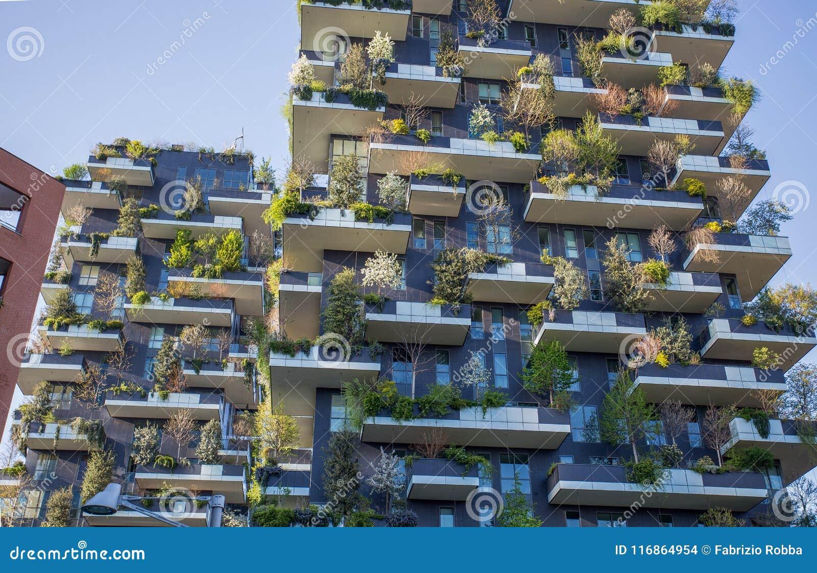 Di Bosco Verticale Del Appartamento Verticale Della Foresta E