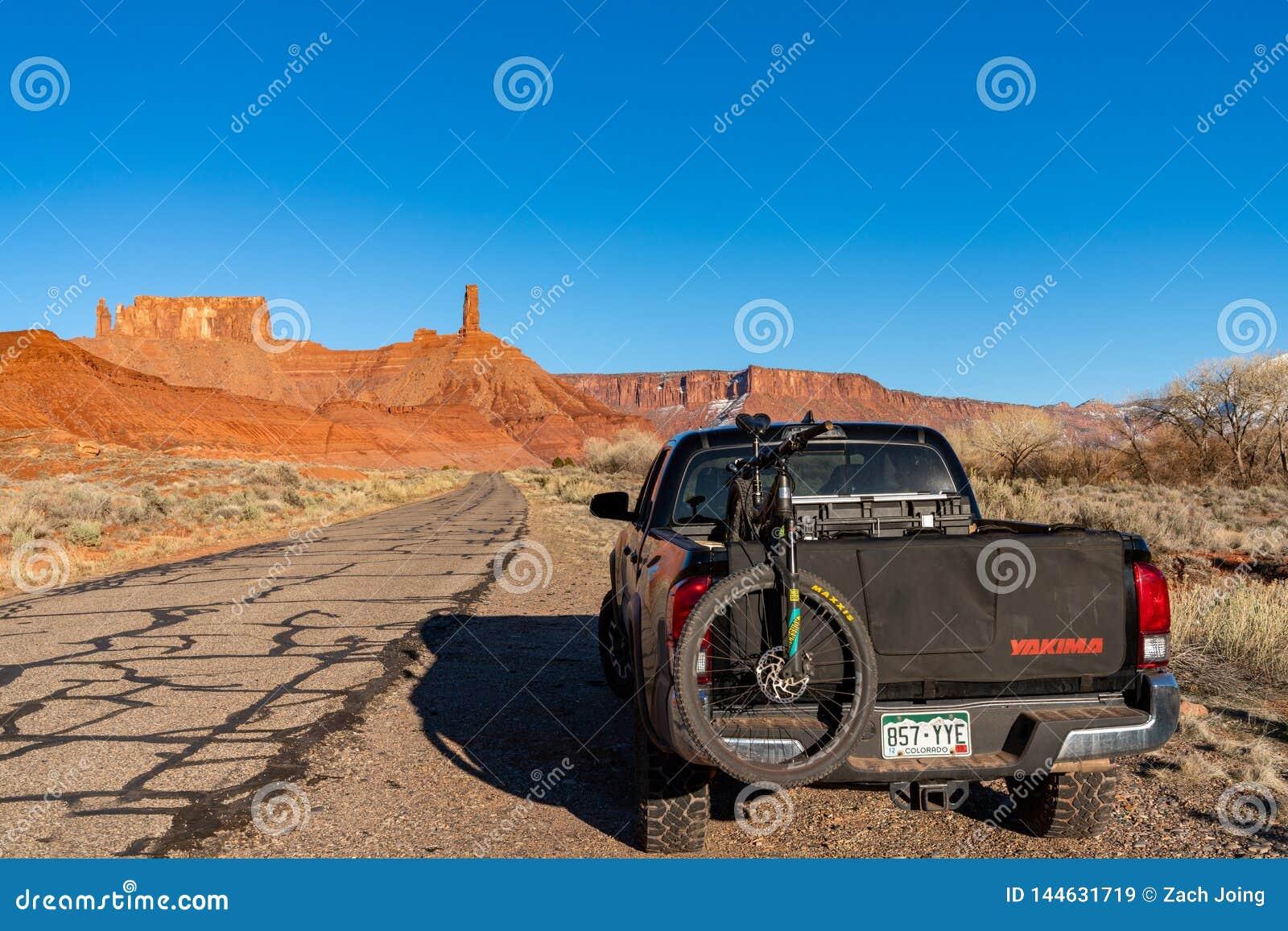 3/21/19 di Moab, Utah Toyota 2017 Tacoma che esplora i backroads di Moab, Utah