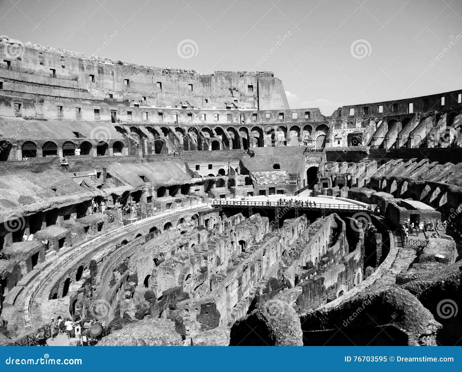 Di Roma de Colosseu