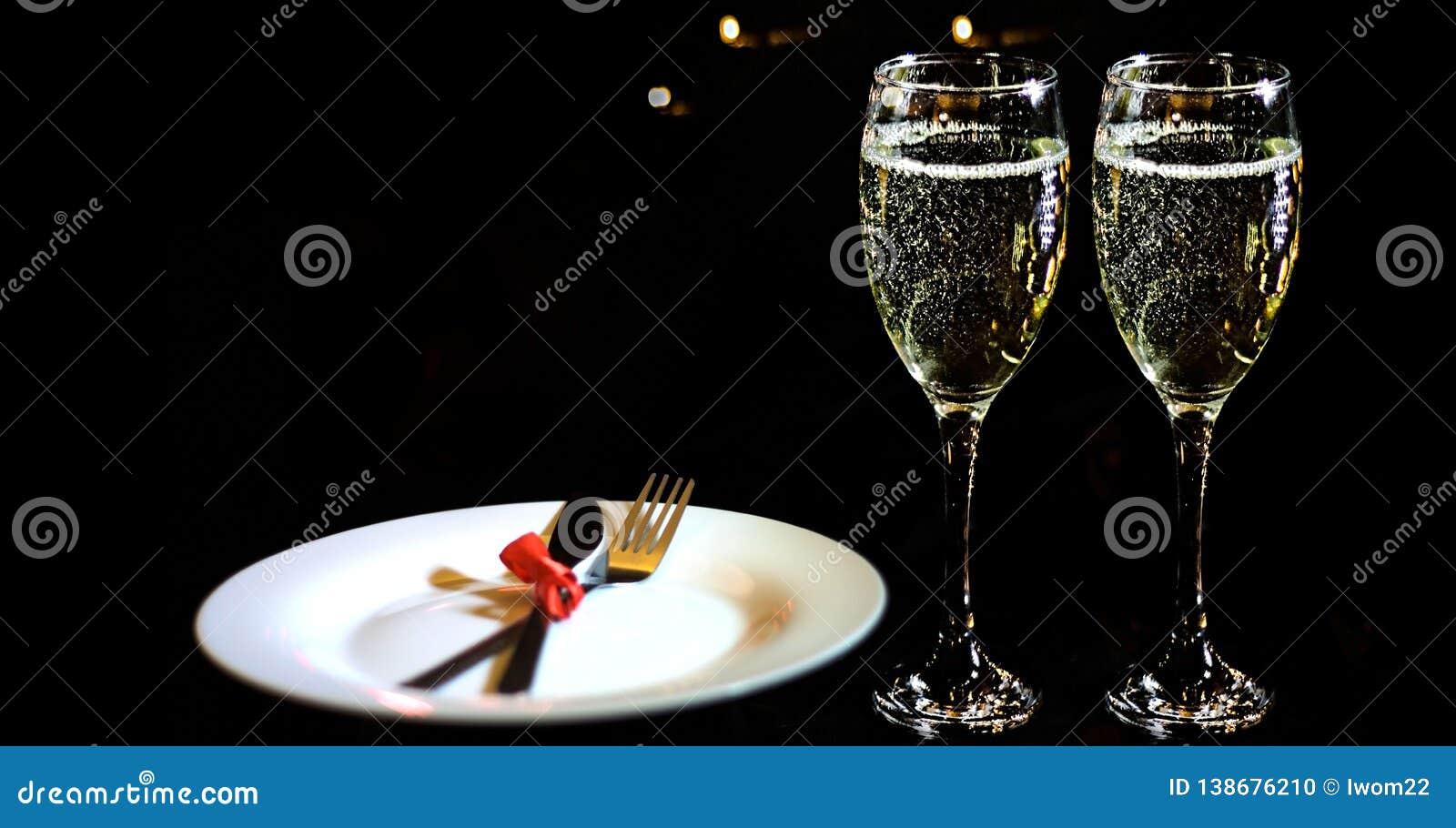 Dia do `s do Valentim Conceito romântico do jantar