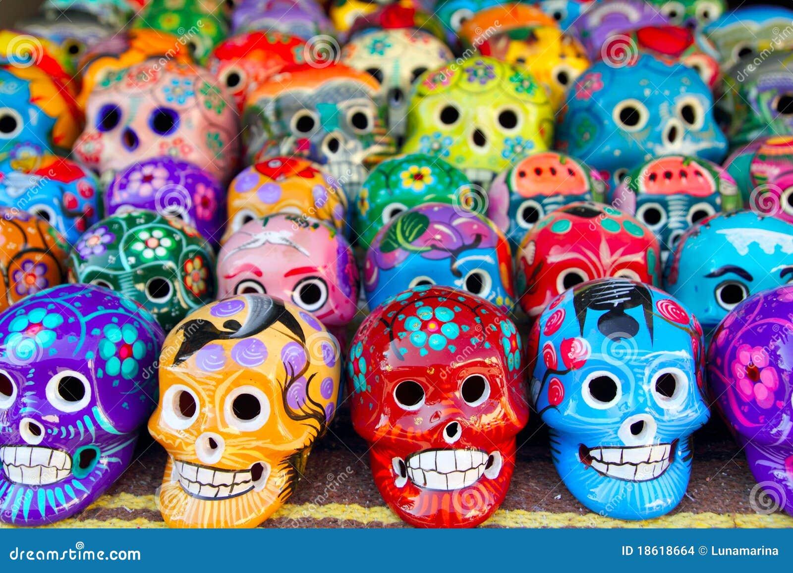 Dia mexicano dos crânios astecas do colorido inoperante