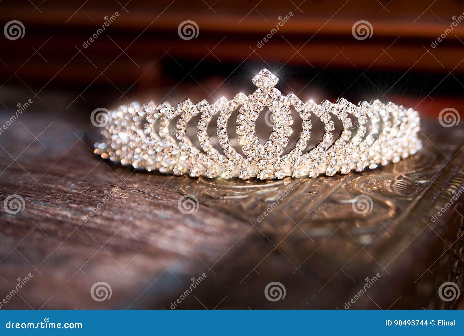 Diadema da tiara da coroa do casamento Acessórios luxuosos casamento