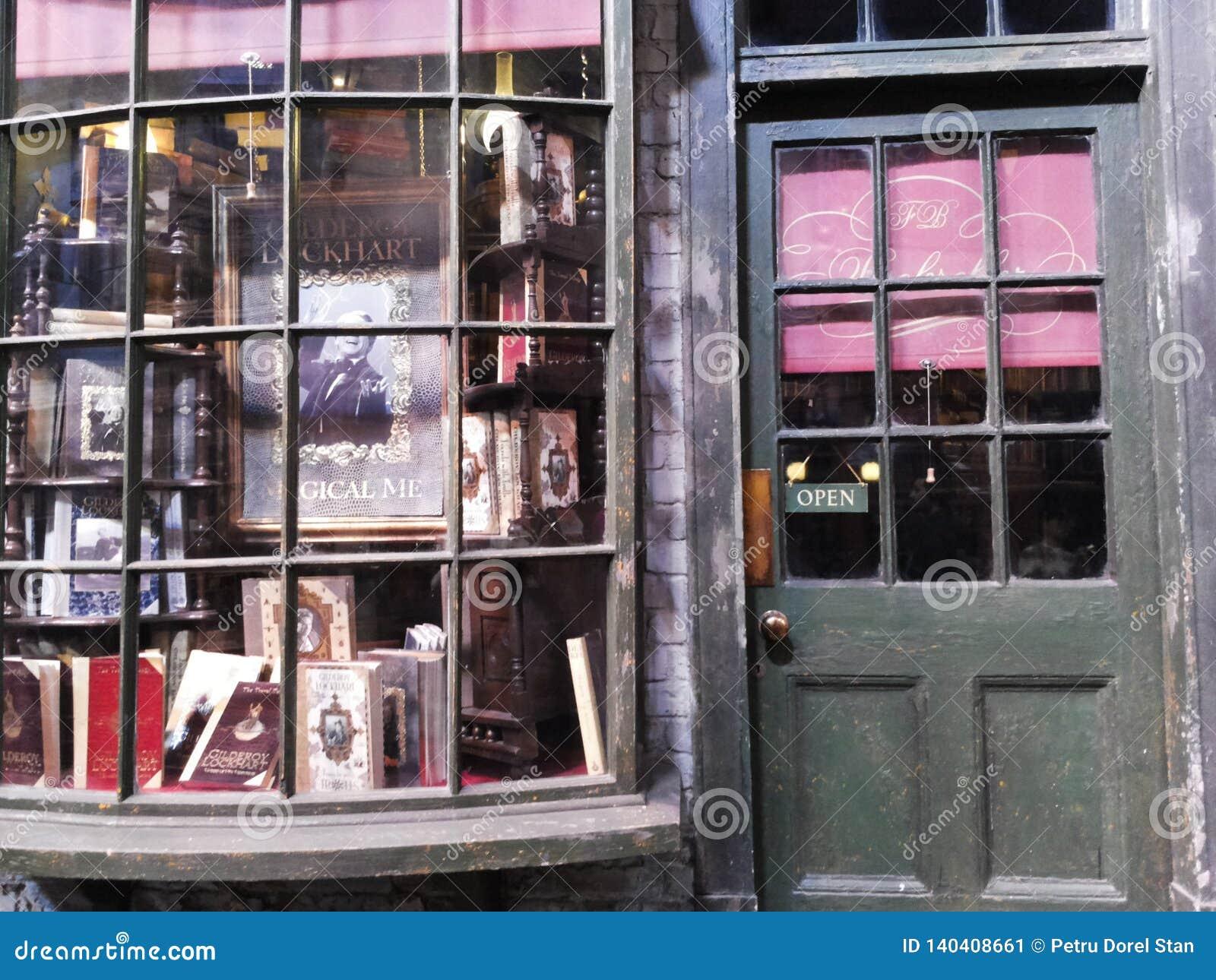 Diagon Alley filmuje set przy Warner studiiem robić Harry Poter w Londyn, UK