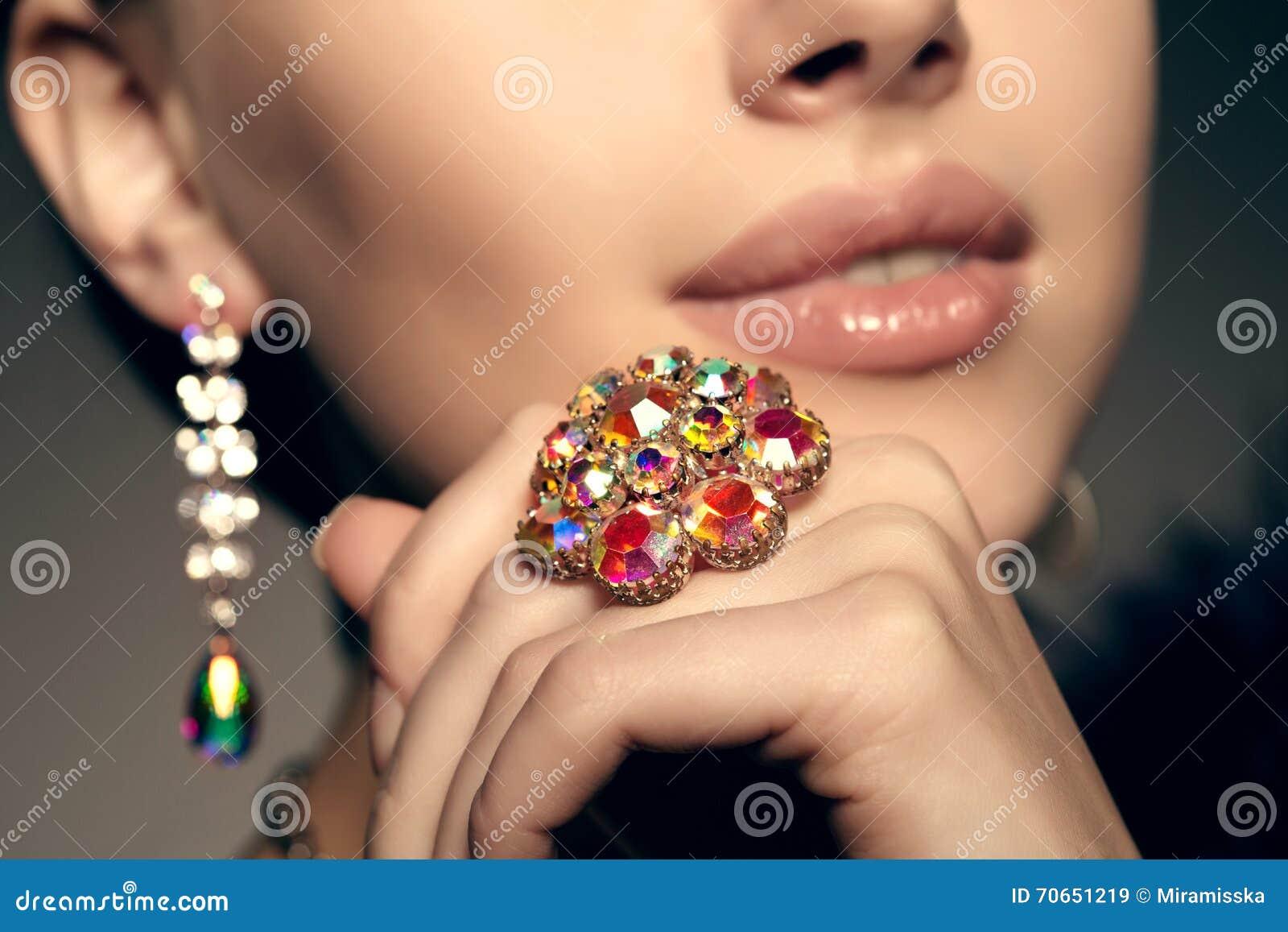 Diamante brillante Viejos pendientes y anillo antiguos del vintage joya